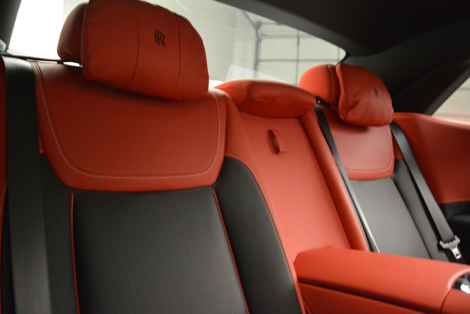 Used 2017 Rolls-Royce Ghost Black Badge For Sale In Greenwich, CT. Alfa Romeo of Greenwich, R451 2154_p30