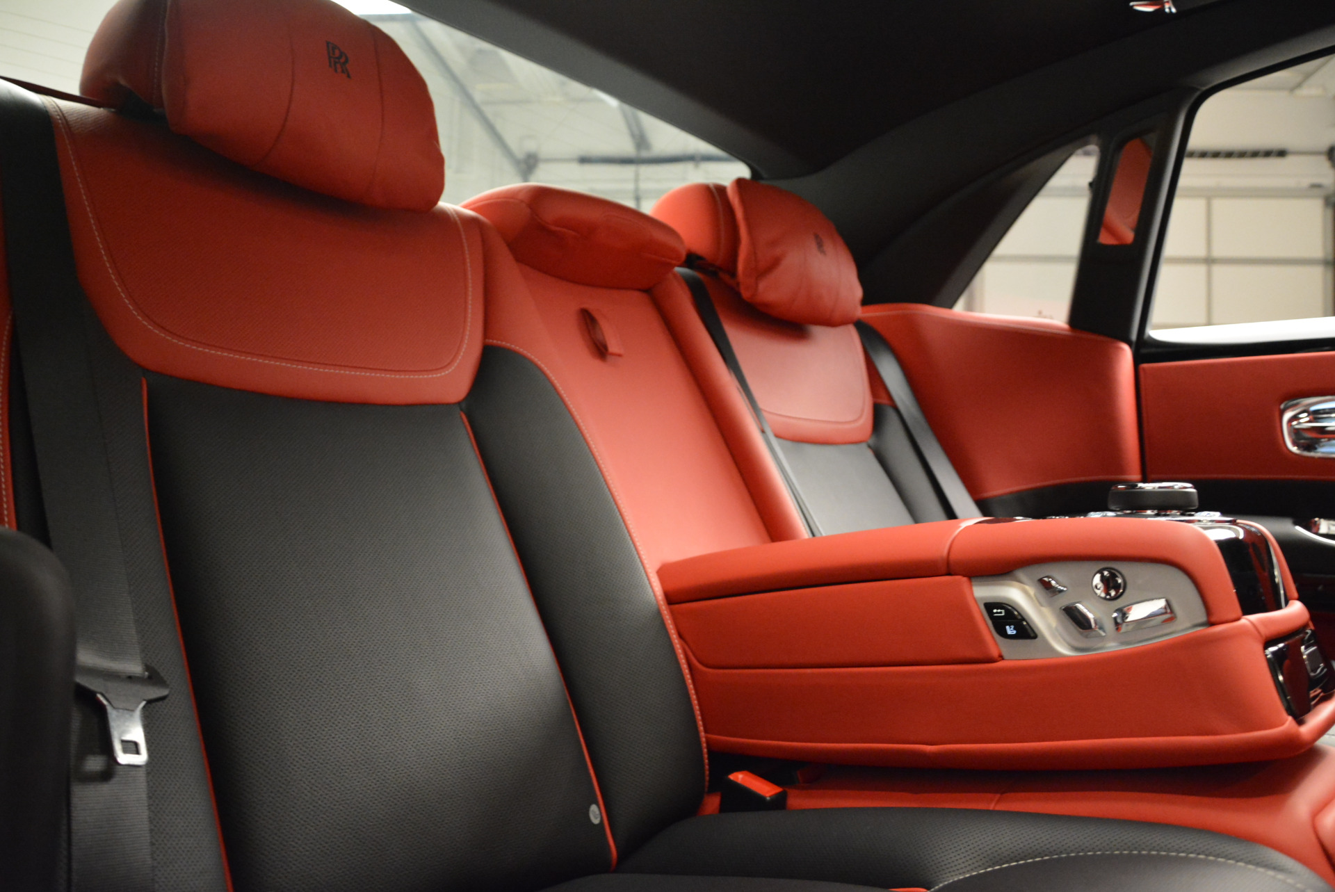 Used 2017 Rolls-Royce Ghost Black Badge For Sale In Greenwich, CT. Alfa Romeo of Greenwich, R451 2154_p31