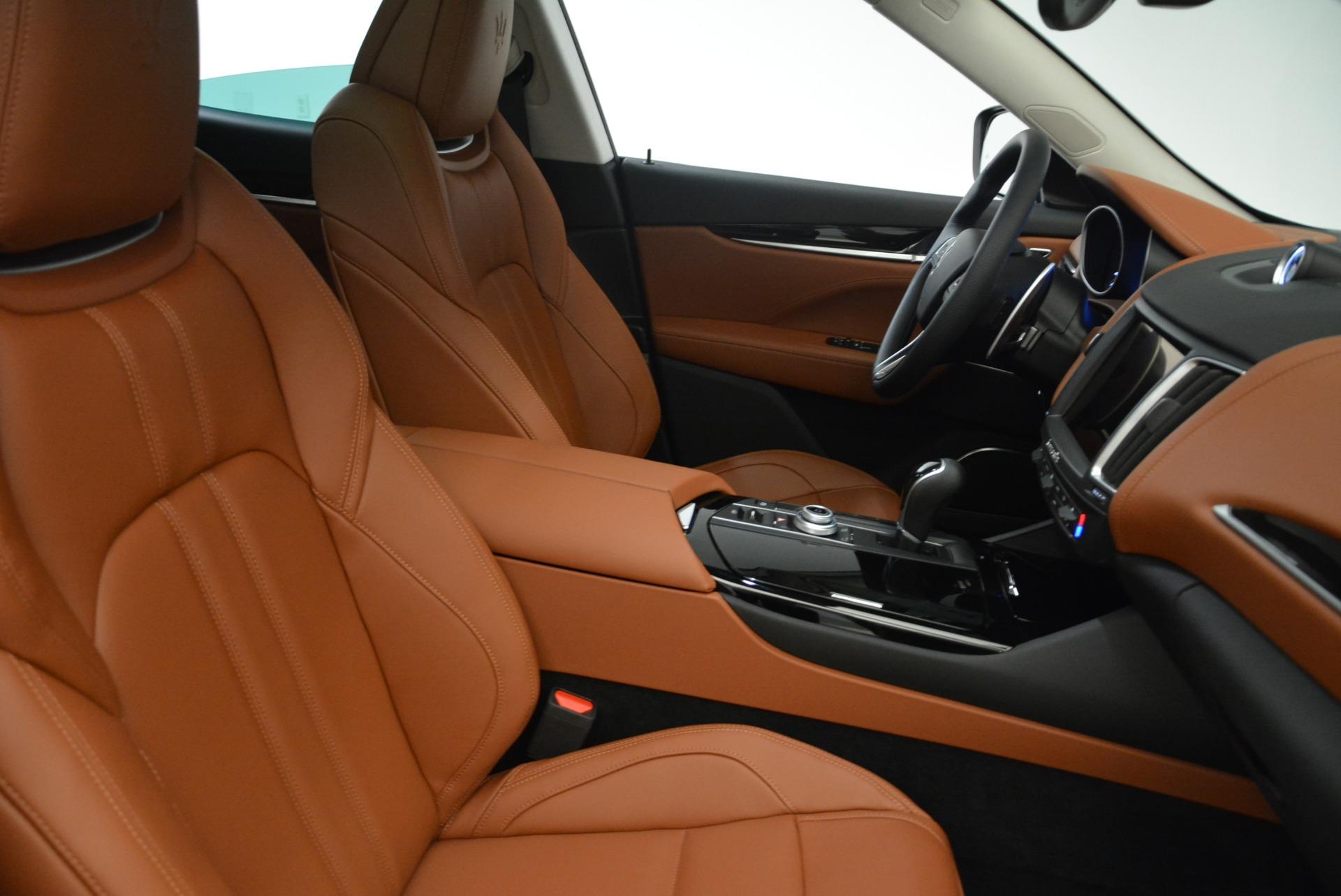 New 2018 Maserati Levante S Q4 GranSport For Sale In Greenwich, CT. Alfa Romeo of Greenwich, M2086 2158_p20