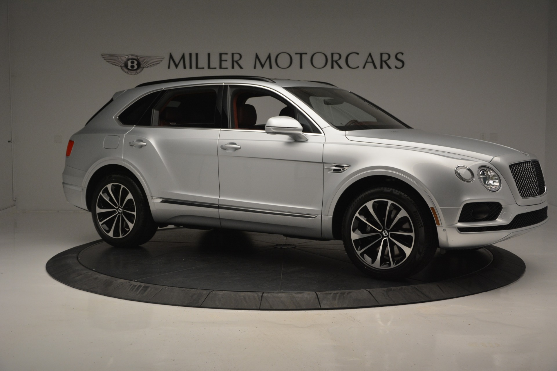 New 2019 Bentley Bentayga V8 For Sale In Greenwich, CT. Alfa Romeo of Greenwich, B1367 2161_p10
