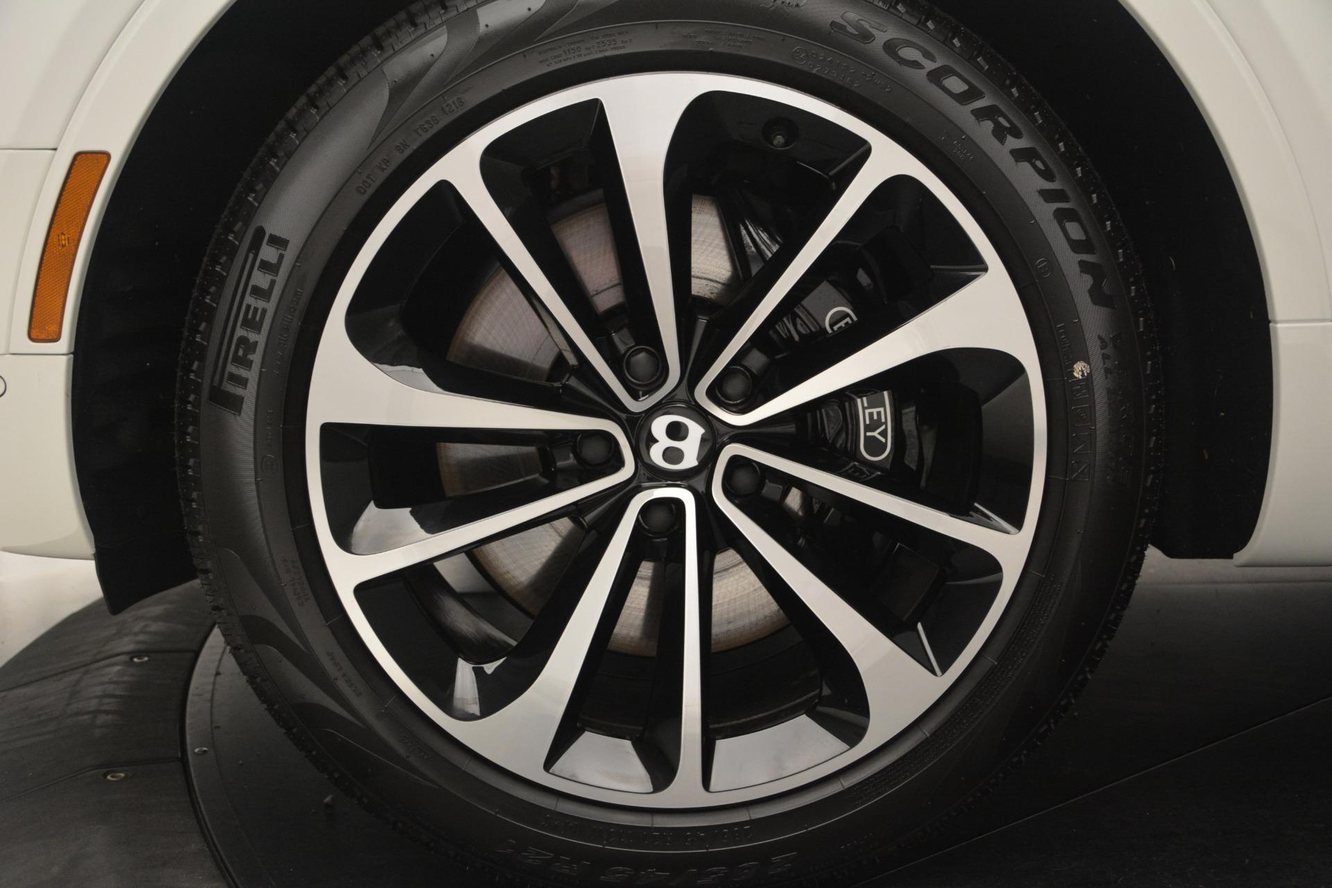 Used 2019 Bentley Bentayga V8 For Sale In Greenwich, CT. Alfa Romeo of Greenwich, B1364 2162_p13