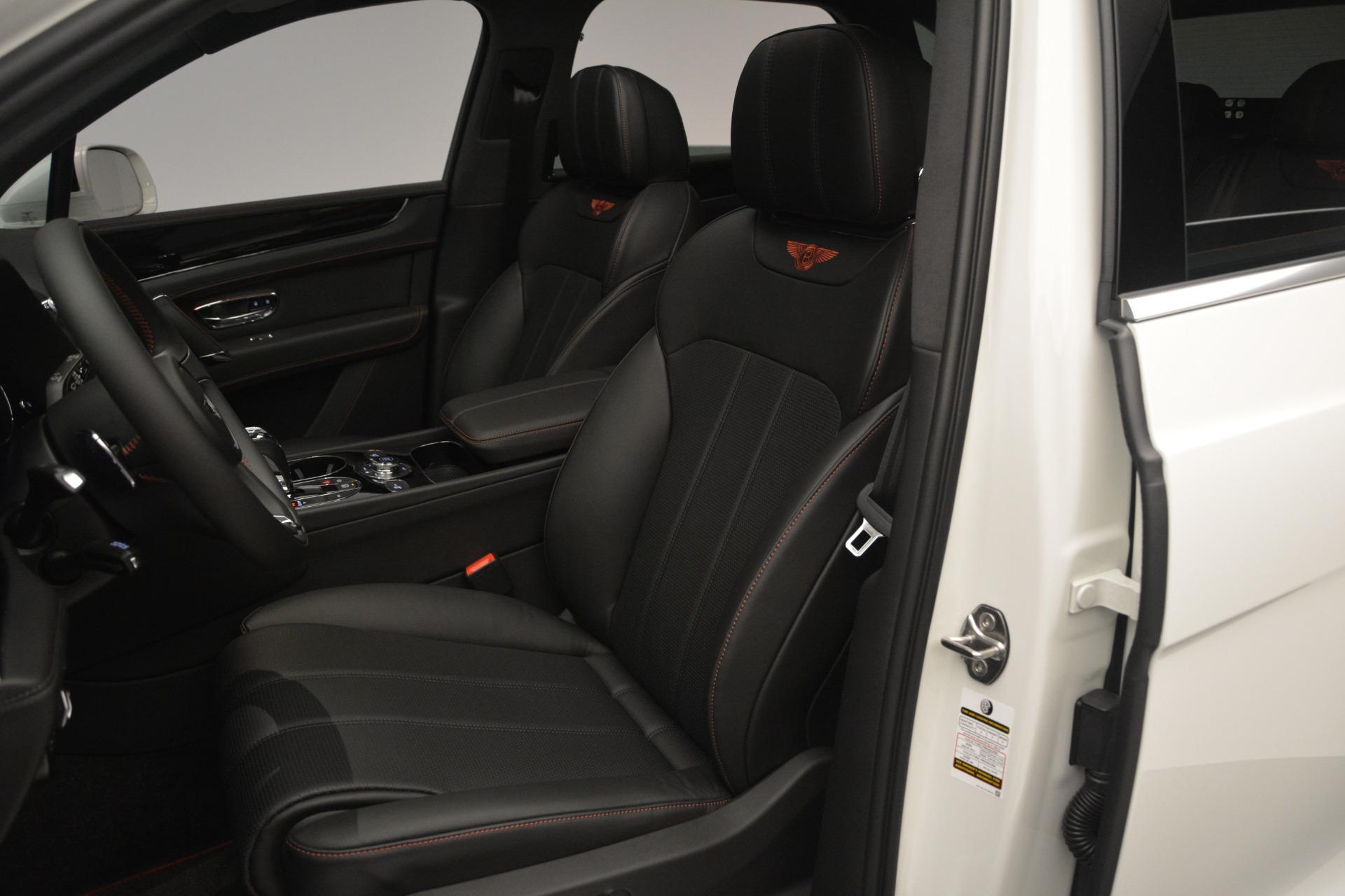 Used 2019 Bentley Bentayga V8 For Sale In Greenwich, CT. Alfa Romeo of Greenwich, B1364 2162_p20