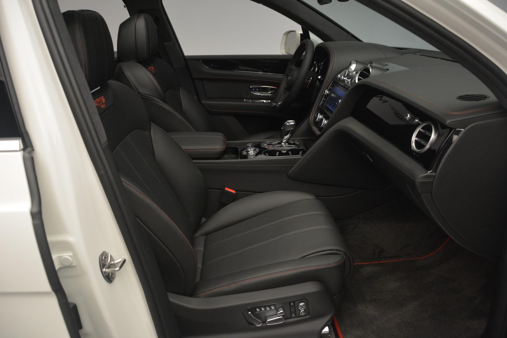 Used 2019 Bentley Bentayga V8 For Sale In Greenwich, CT. Alfa Romeo of Greenwich, B1364 2162_p24