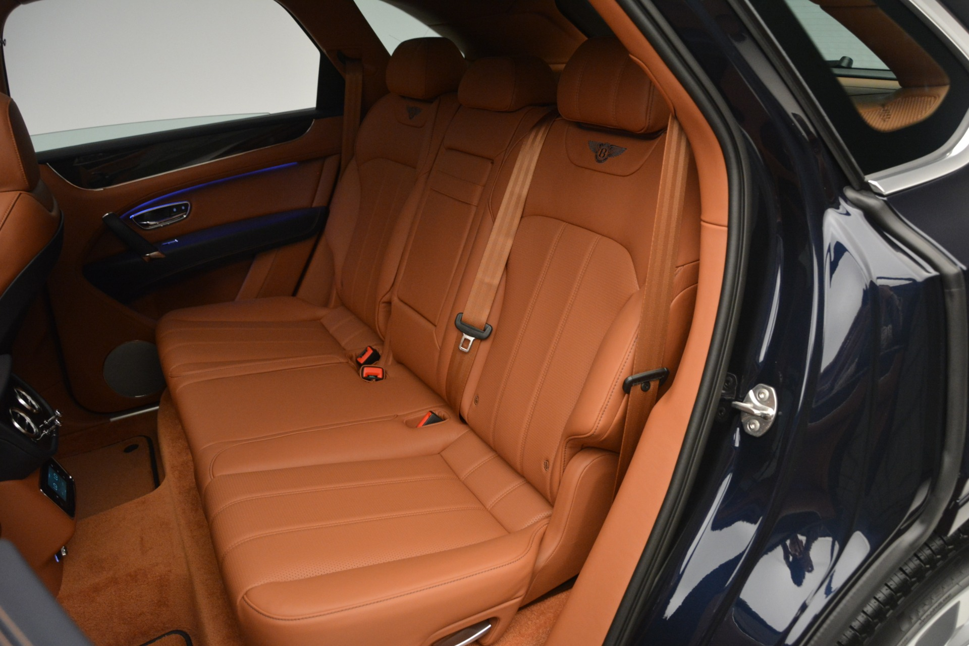 New 2019 Bentley Bentayga V8 For Sale In Greenwich, CT. Alfa Romeo of Greenwich, B1365 2163_p22