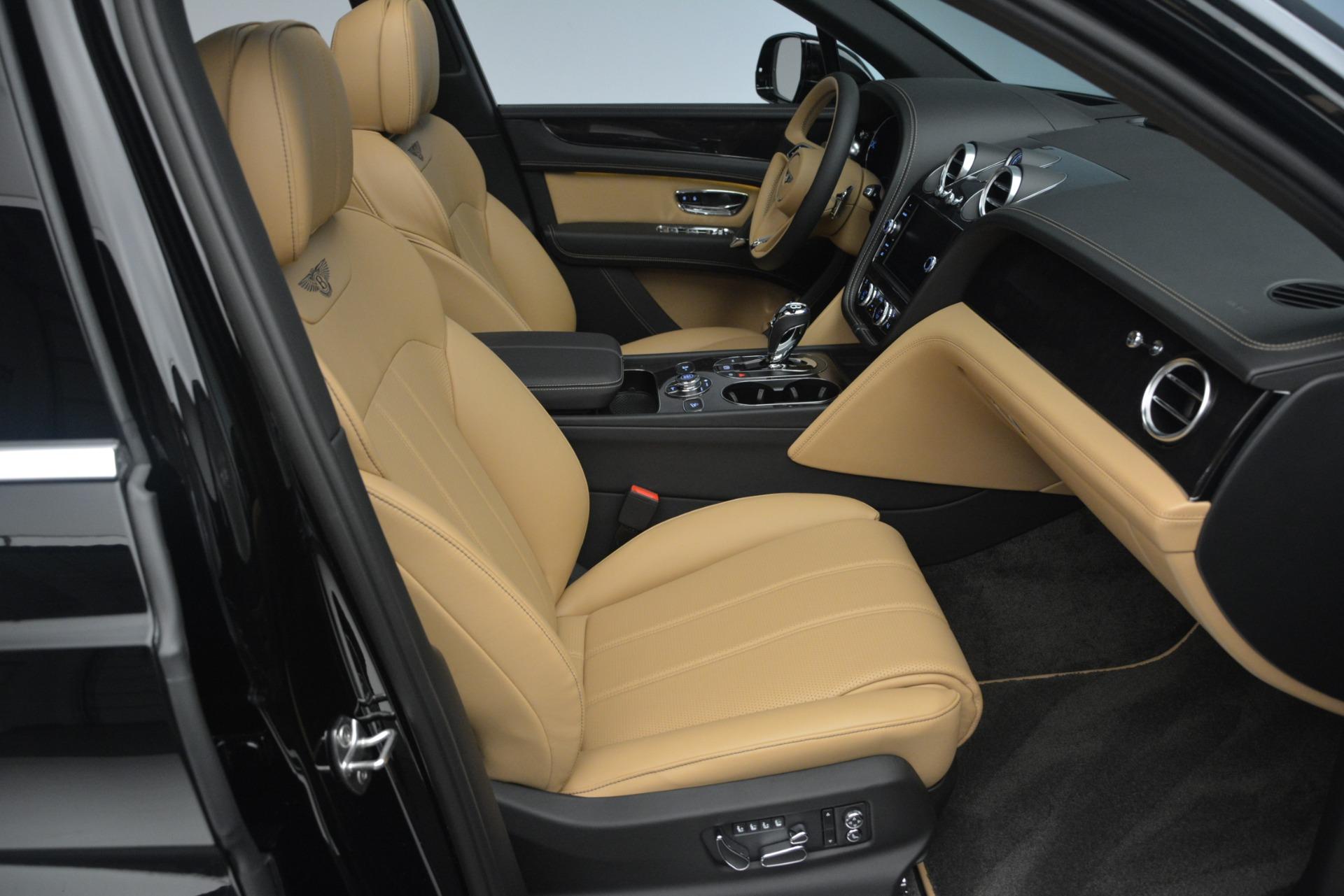 New 2019 Bentley Bentayga V8 For Sale In Greenwich, CT. Alfa Romeo of Greenwich, B1368 2164_p28