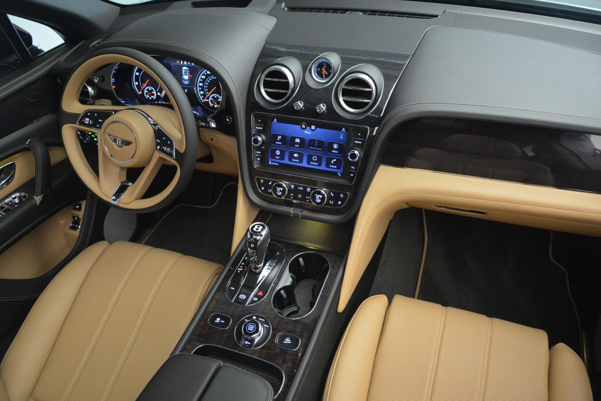 New 2019 Bentley Bentayga V8 For Sale In Greenwich, CT. Alfa Romeo of Greenwich, B1368 2164_p30