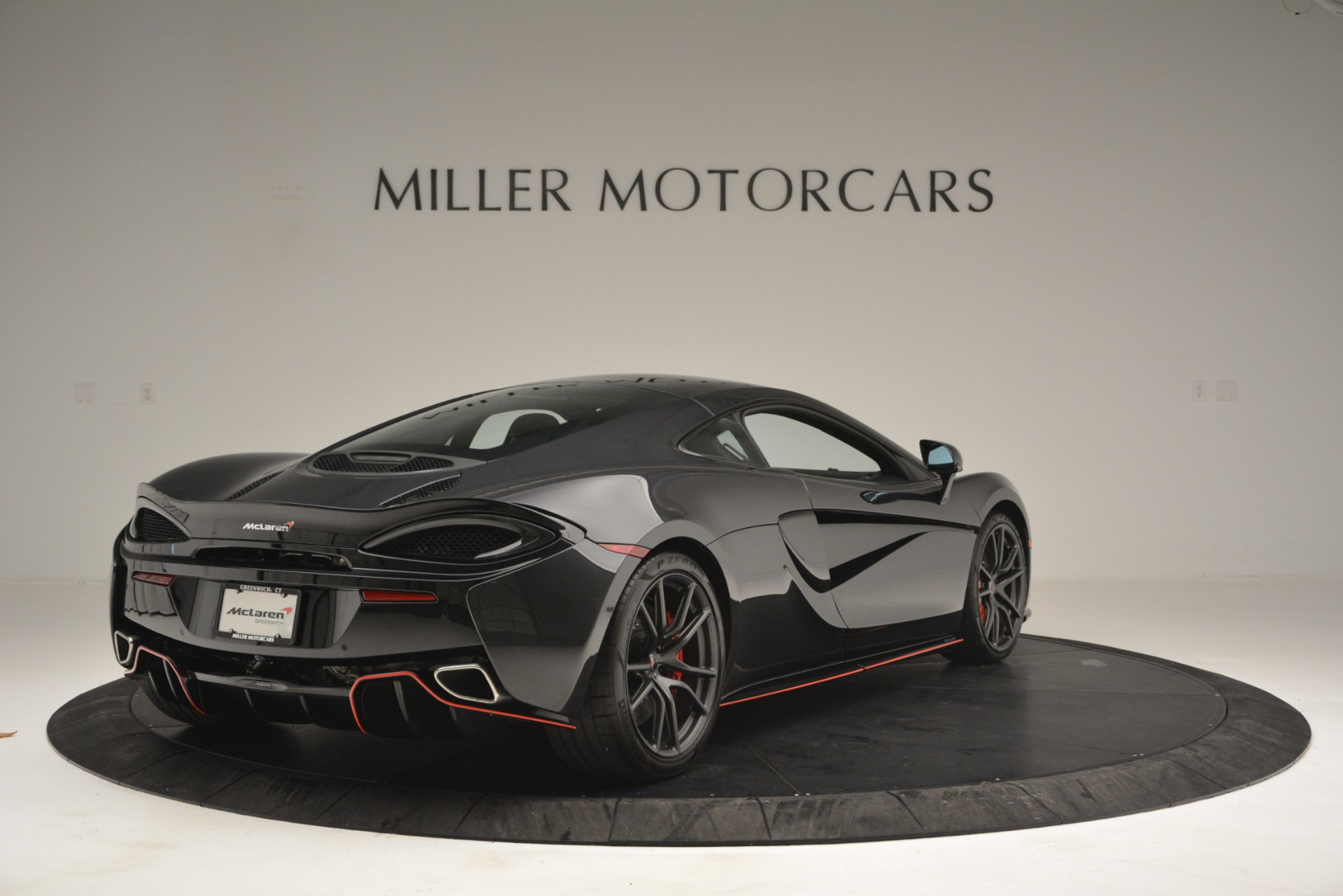 Used 2018 McLaren 570GT  For Sale In Greenwich, CT. Alfa Romeo of Greenwich, MC348 2166_p7