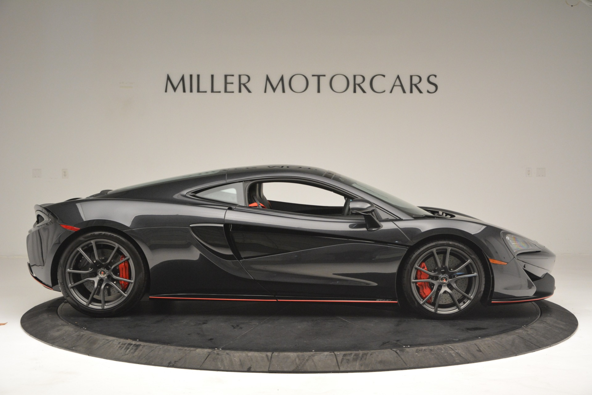Used 2018 McLaren 570GT  For Sale In Greenwich, CT. Alfa Romeo of Greenwich, MC348 2166_p9