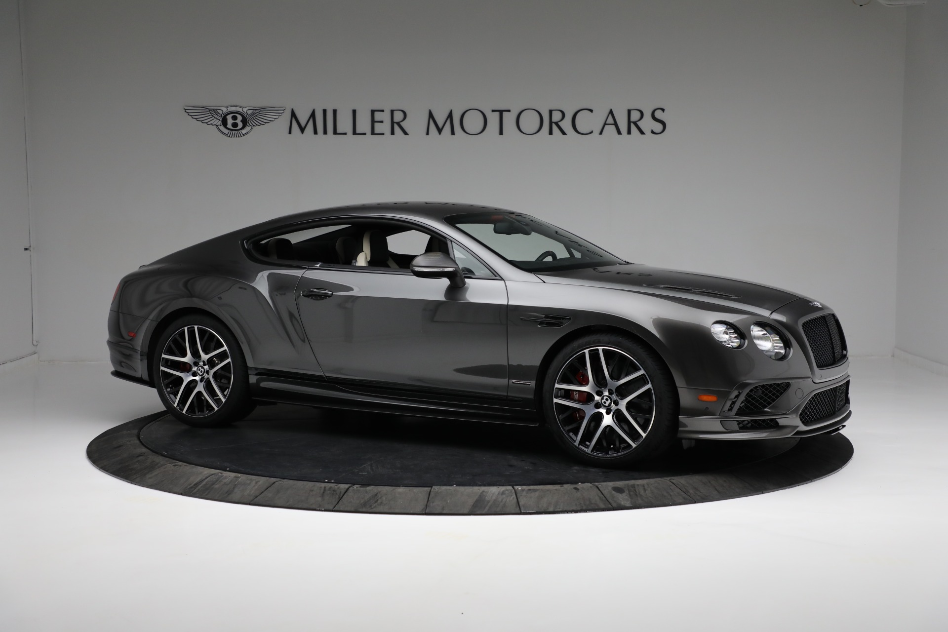 Used 2017 Bentley Continental GT Supersports For Sale In Greenwich, CT. Alfa Romeo of Greenwich, B1346 2169_p10