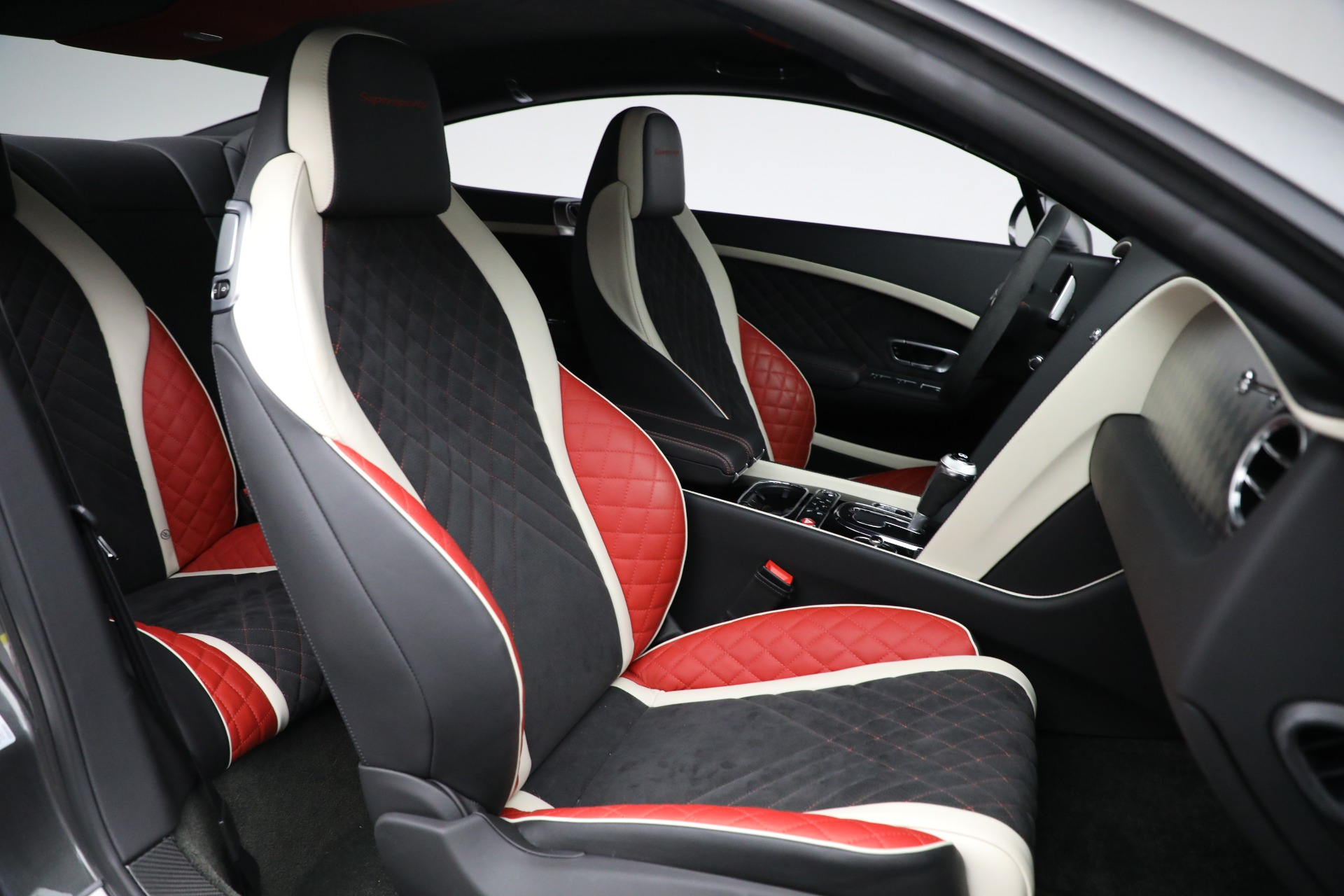 Used 2017 Bentley Continental GT Supersports For Sale In Greenwich, CT. Alfa Romeo of Greenwich, B1346 2169_p25