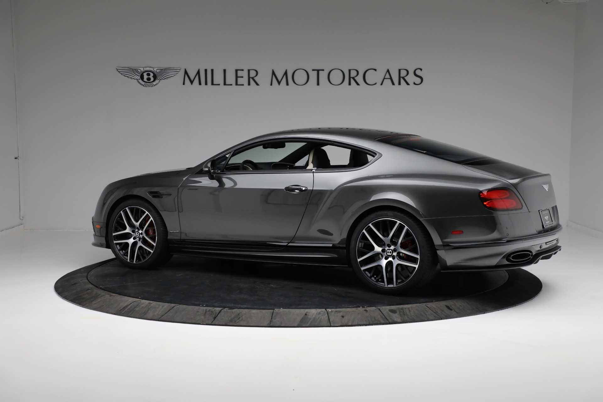 Used 2017 Bentley Continental GT Supersports For Sale In Greenwich, CT. Alfa Romeo of Greenwich, B1346 2169_p4