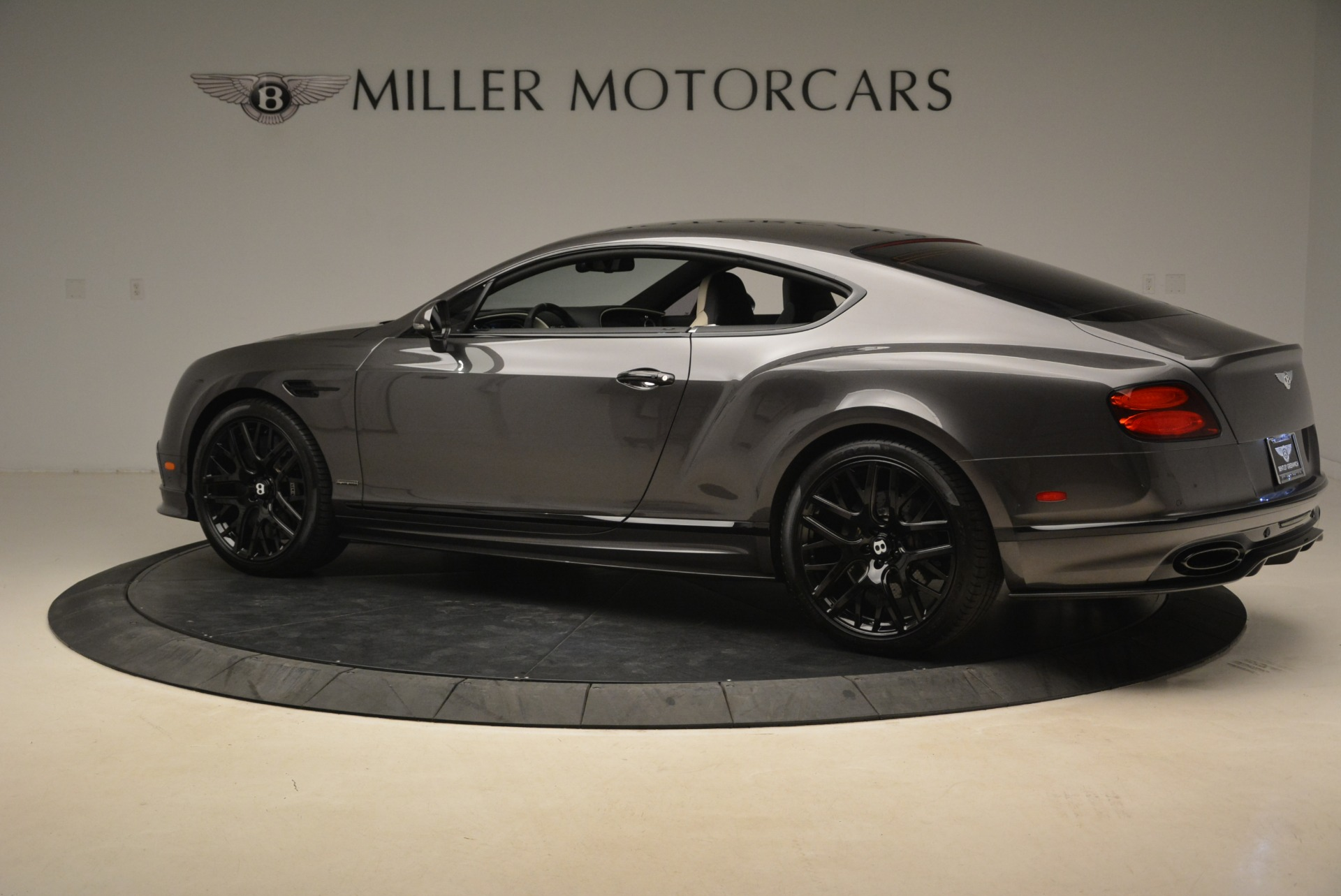 Used 2017 Bentley Continental GT Supersports For Sale In Greenwich, CT. Alfa Romeo of Greenwich, B1347 2172_p4