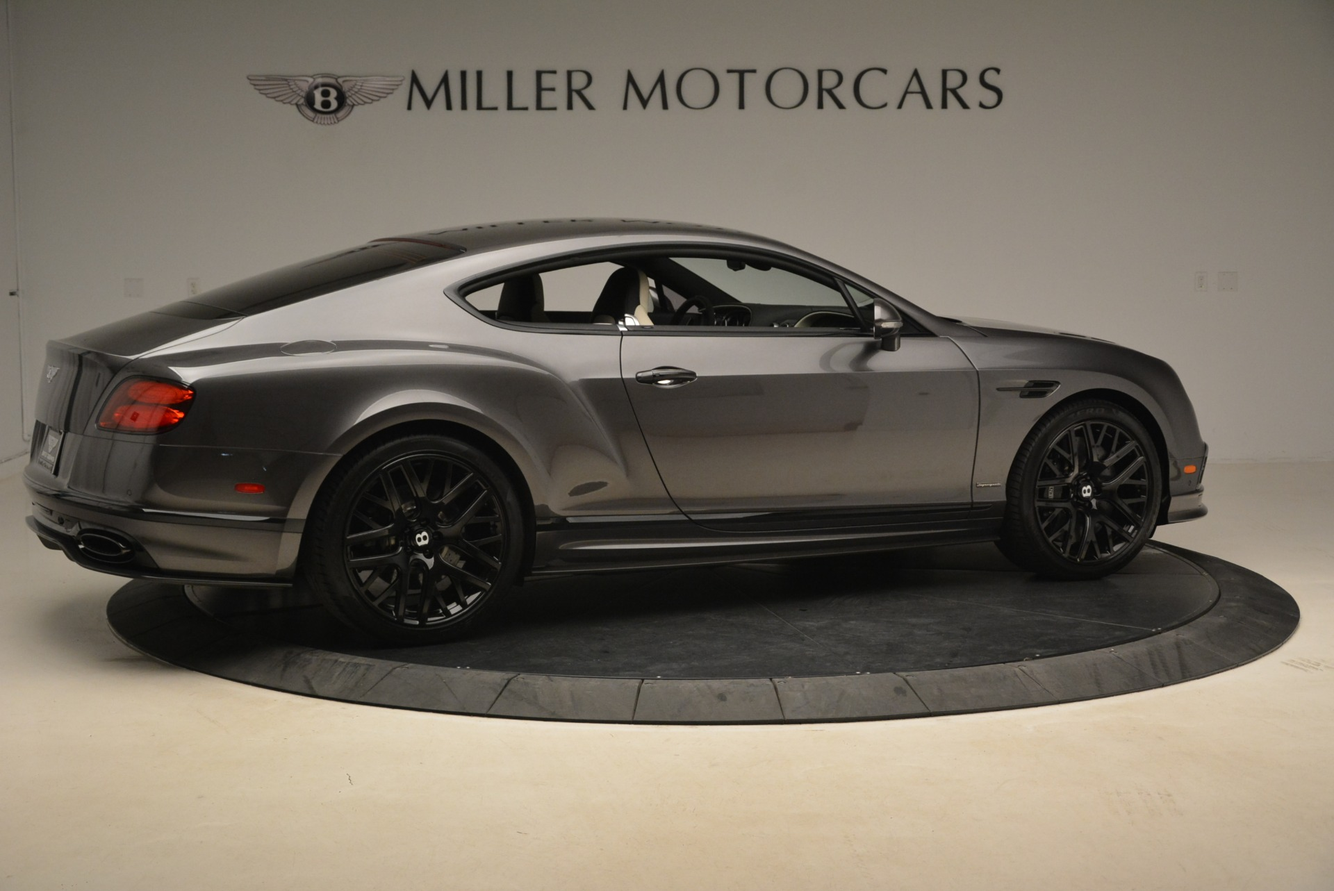 Used 2017 Bentley Continental GT Supersports For Sale In Greenwich, CT. Alfa Romeo of Greenwich, B1347 2172_p8