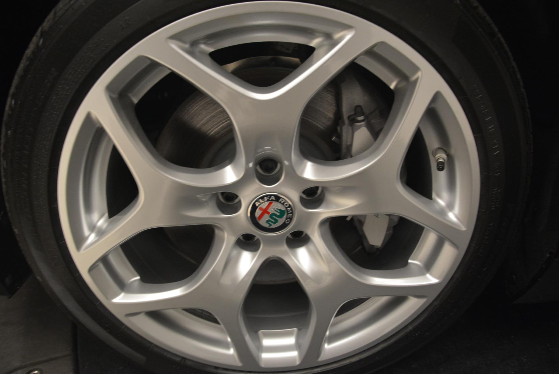 New 2018 Alfa Romeo Giulia Ti Q4 For Sale In Greenwich, CT. Alfa Romeo of Greenwich, L382 2174_p25