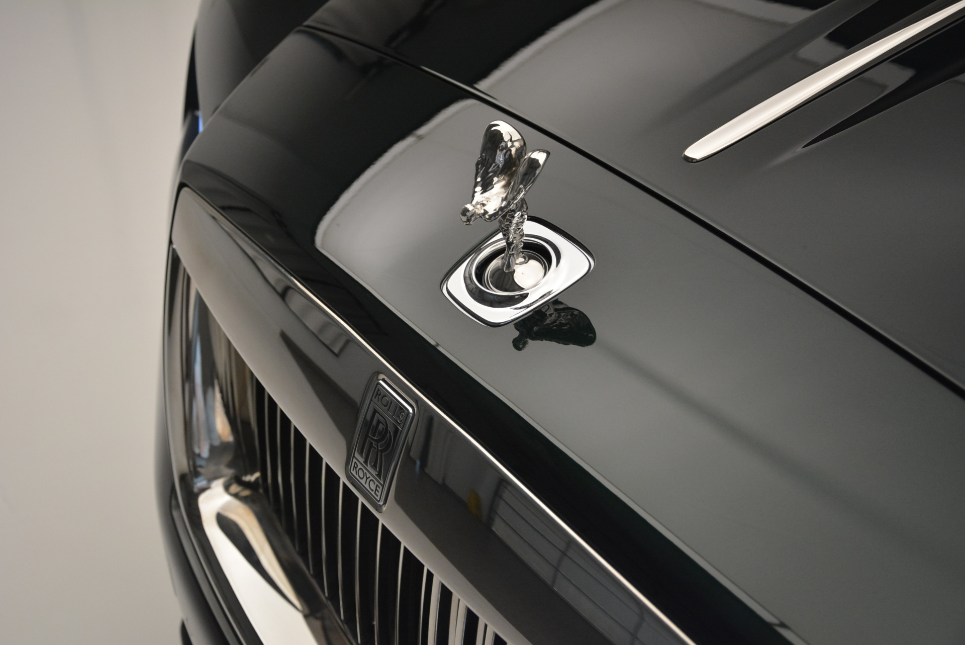 Used 2018 Rolls-Royce Dawn  For Sale In Greenwich, CT. Alfa Romeo of Greenwich, 7445 2179_p18