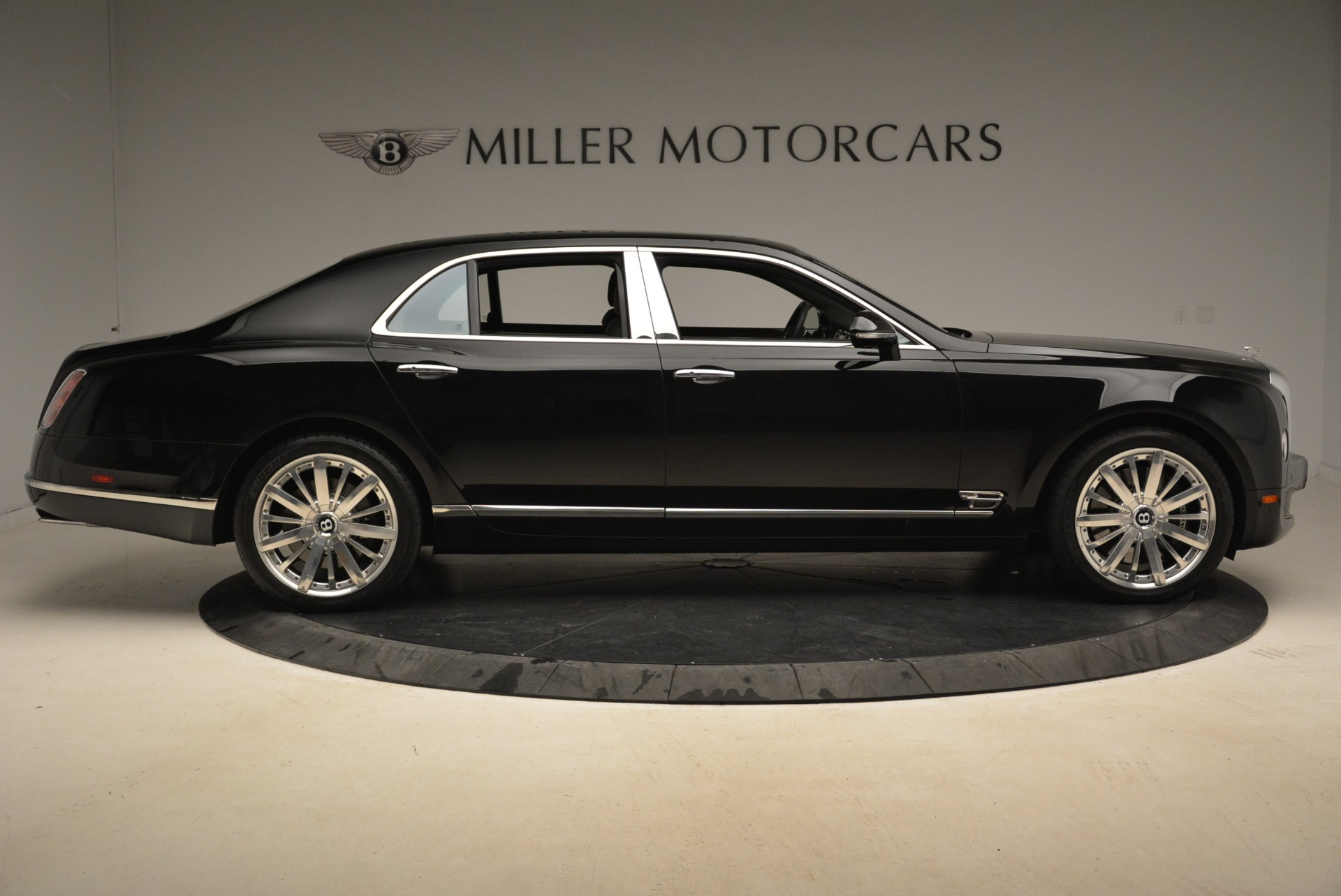 Used 2016 Bentley Mulsanne  For Sale In Greenwich, CT. Alfa Romeo of Greenwich, 7355 2189_p10