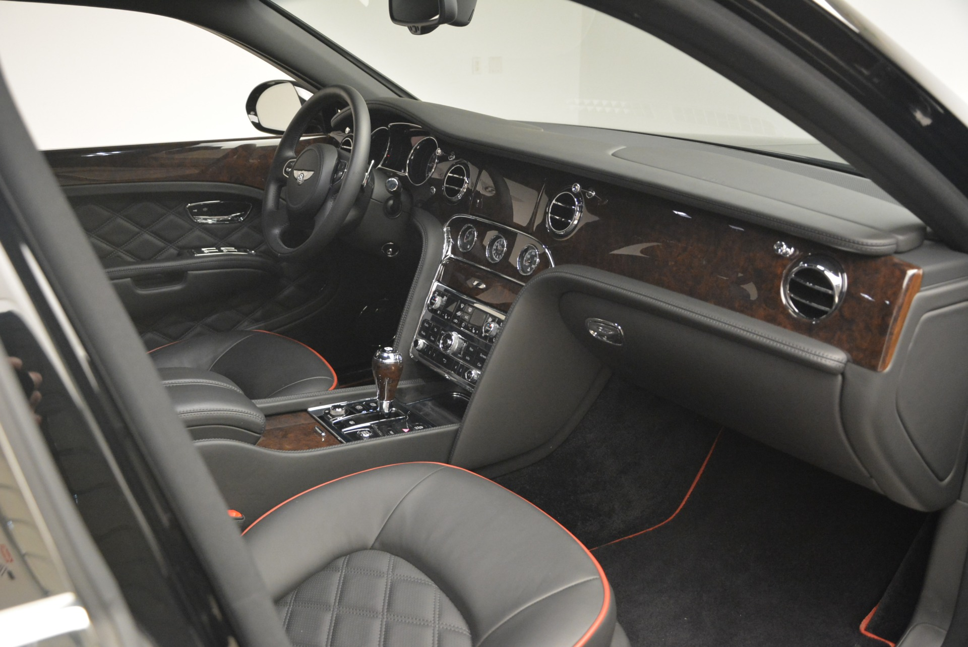 Used 2016 Bentley Mulsanne  For Sale In Greenwich, CT. Alfa Romeo of Greenwich, 7355 2189_p24