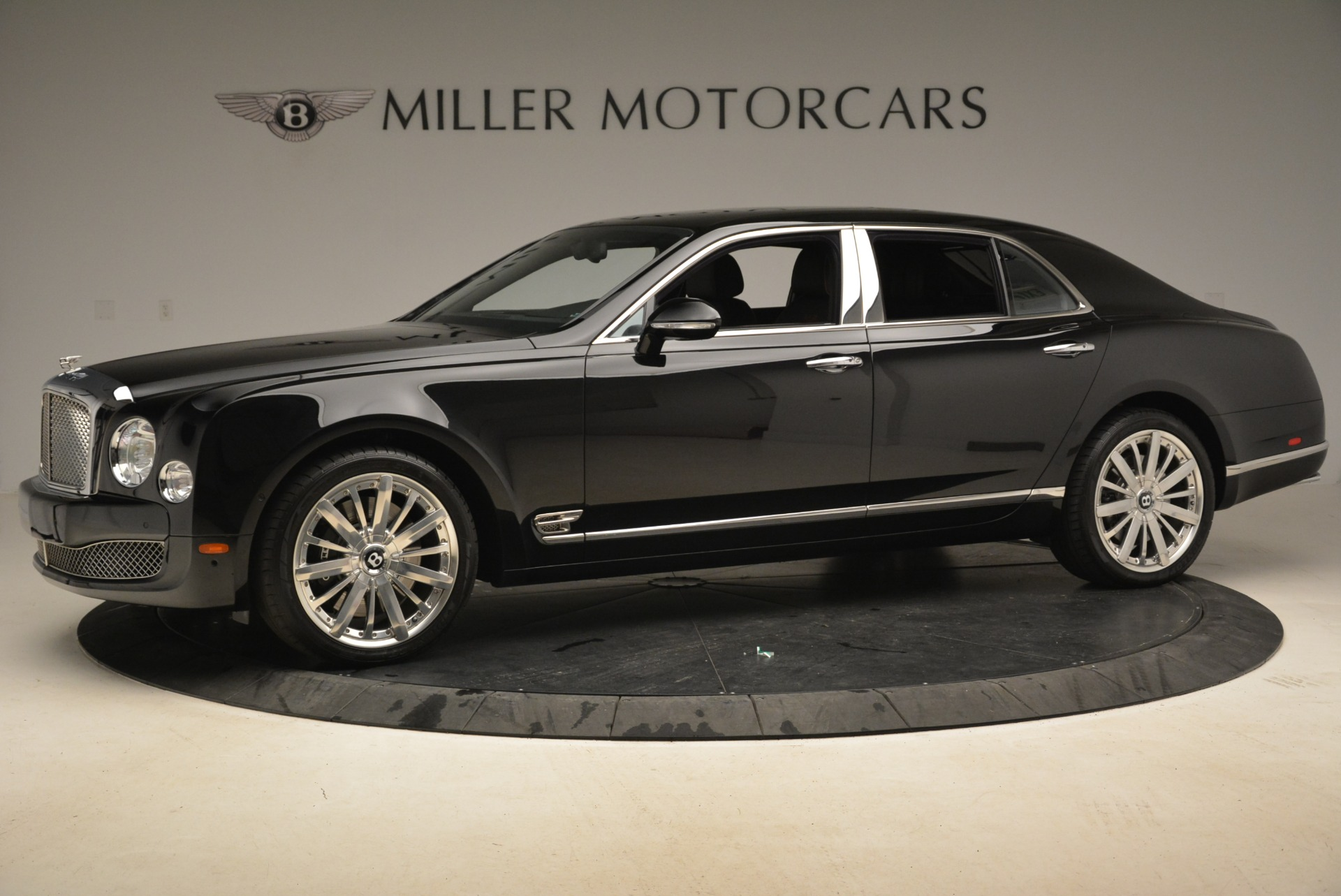 Used 2016 Bentley Mulsanne  For Sale In Greenwich, CT. Alfa Romeo of Greenwich, 7355 2189_p2