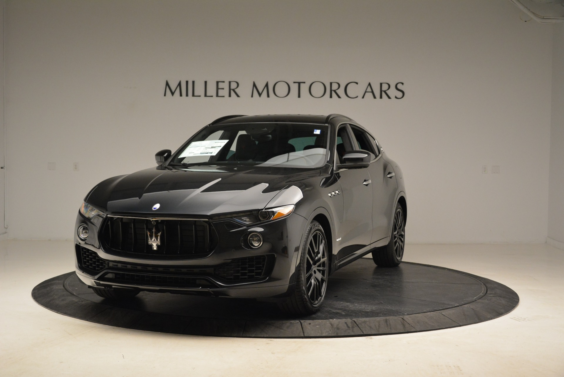 New 2018 Maserati Levante S Q4 GranSport For Sale In Greenwich, CT. Alfa Romeo of Greenwich, W586 2193_main