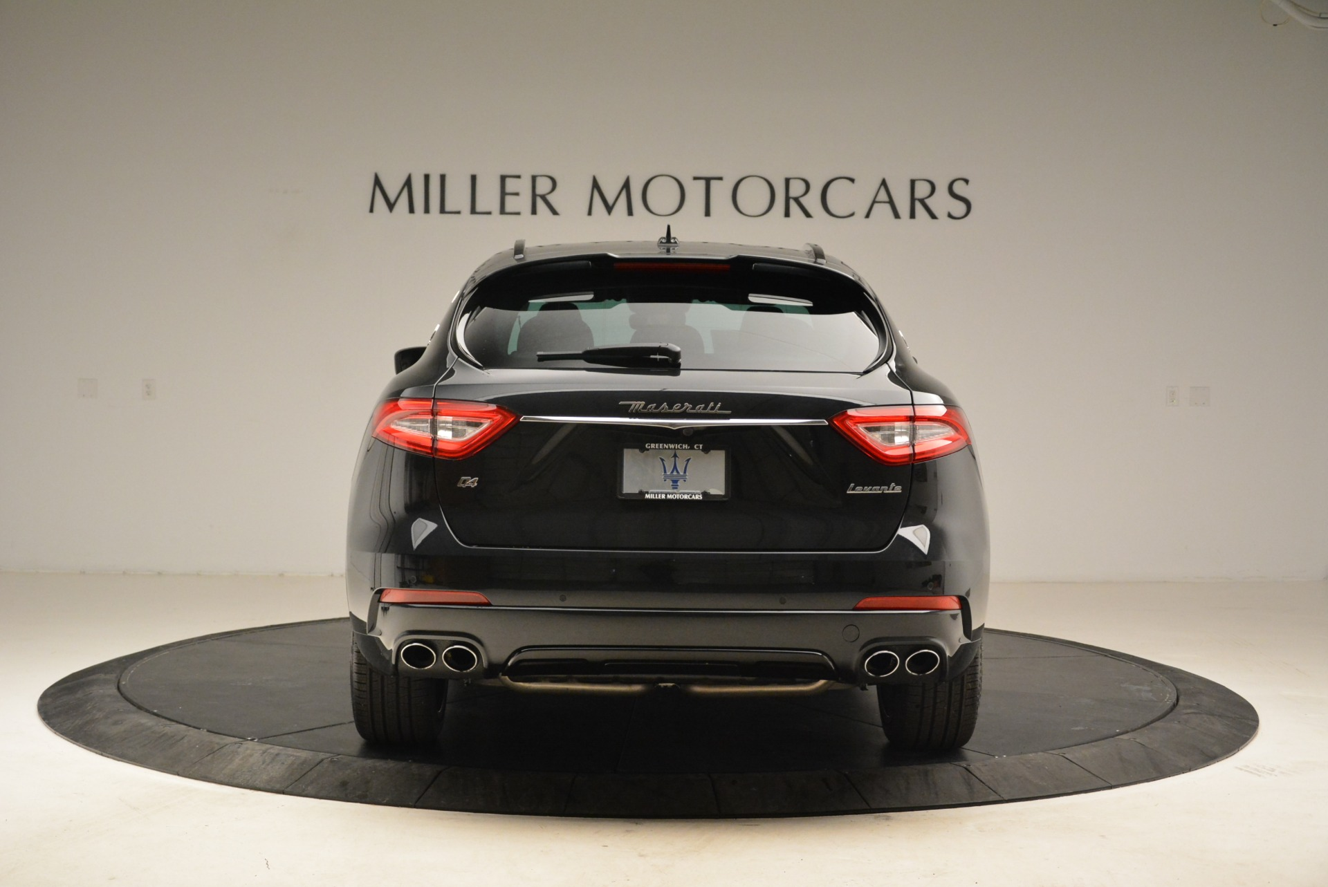 New 2018 Maserati Levante S Q4 GranSport For Sale In Greenwich, CT. Alfa Romeo of Greenwich, W586 2193_p6
