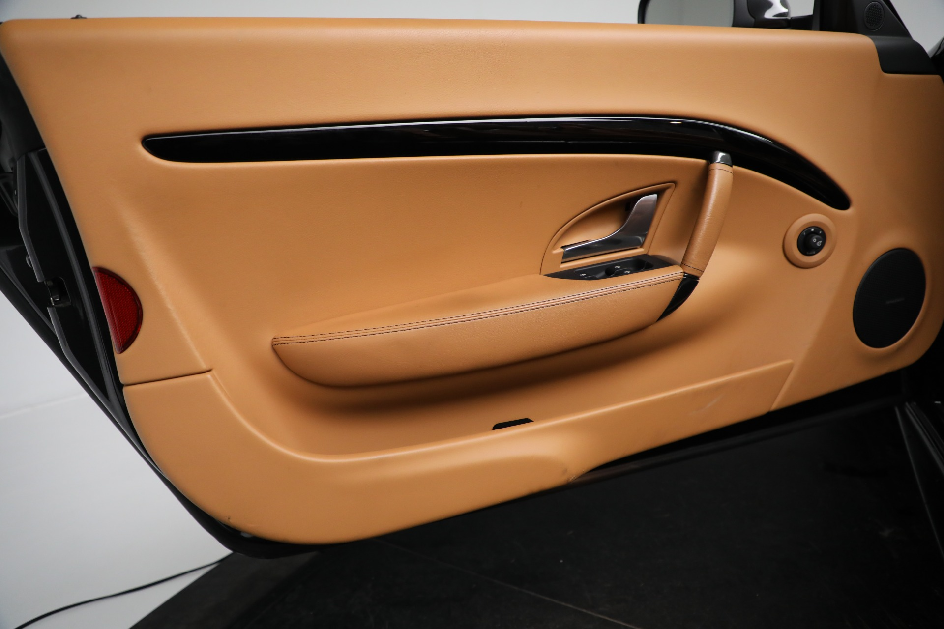 New 2018 Maserati GranTurismo Sport Convertible For Sale In Greenwich, CT. Alfa Romeo of Greenwich, M2101 2198_p27