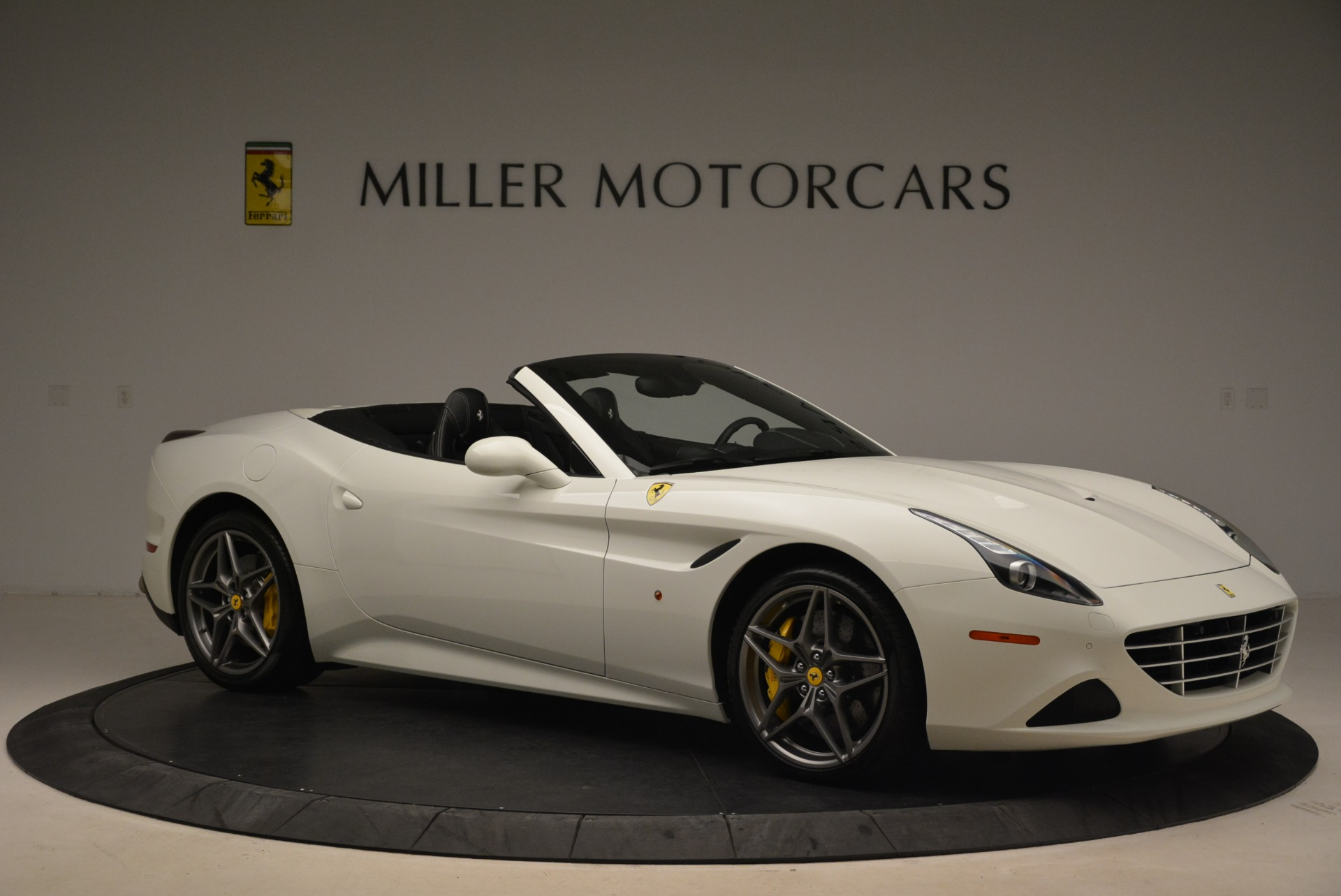Used 2015 Ferrari California T  For Sale In Greenwich, CT. Alfa Romeo of Greenwich, 4471 2199_p10