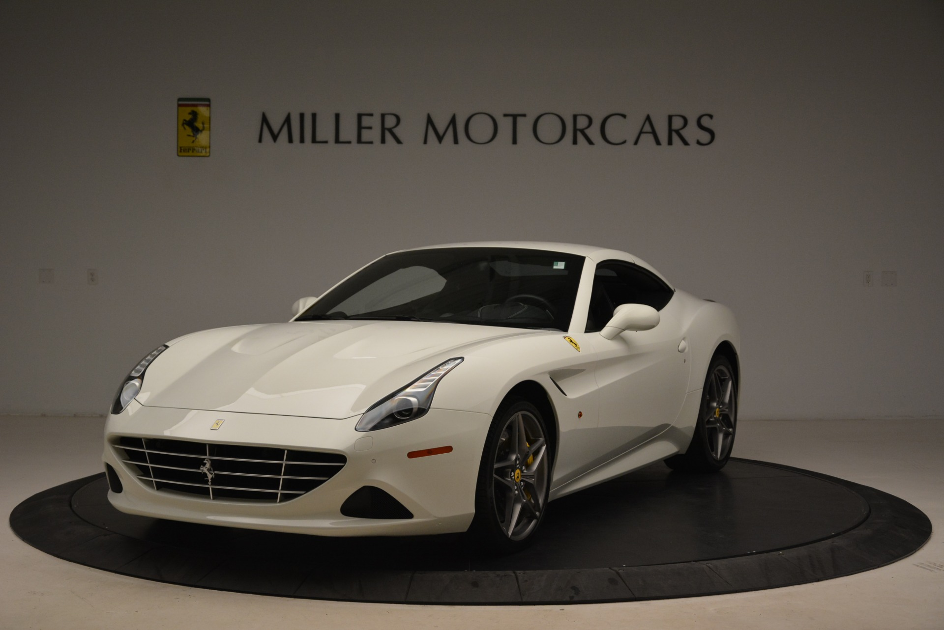 Used 2015 Ferrari California T  For Sale In Greenwich, CT. Alfa Romeo of Greenwich, 4471 2199_p13