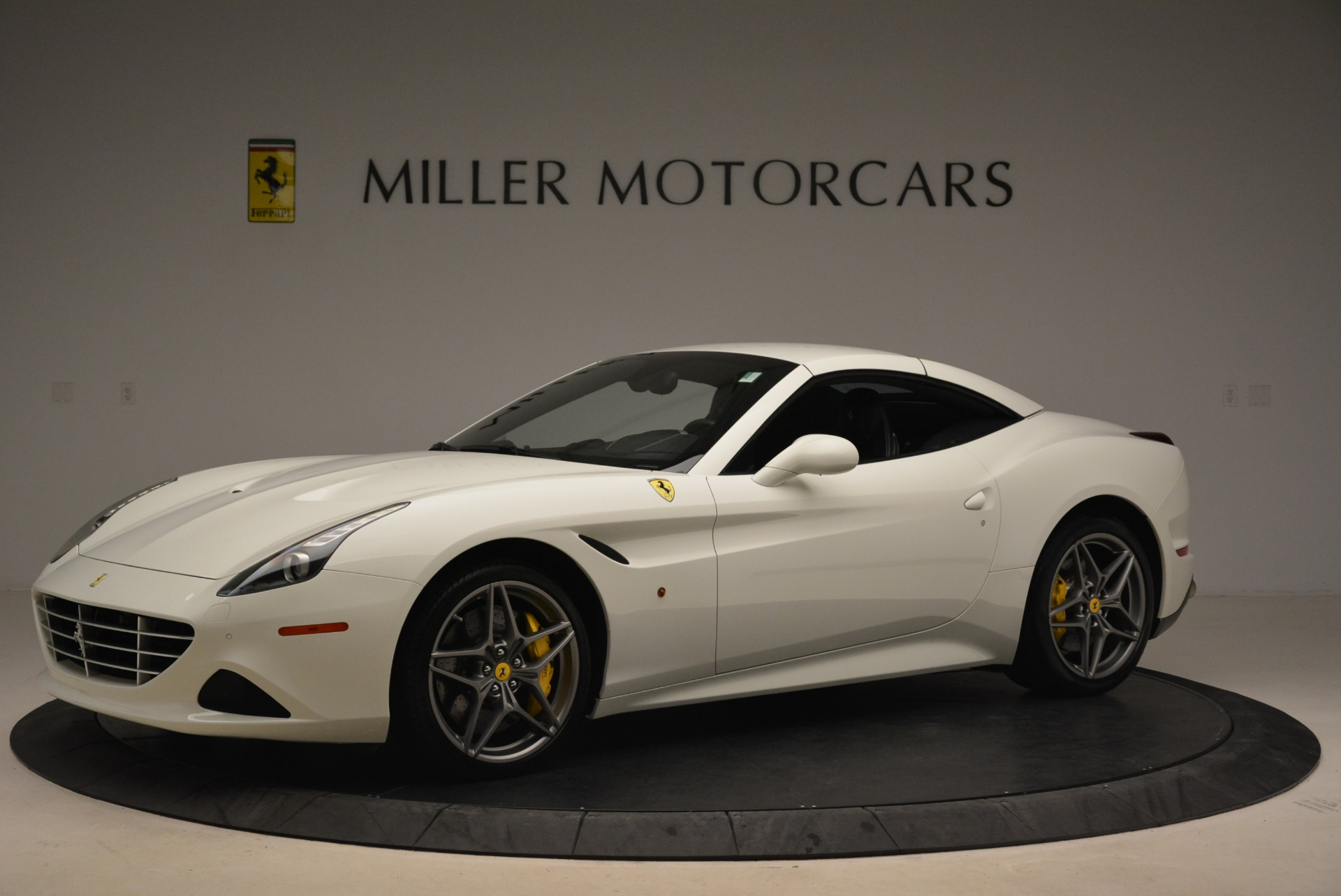 Used 2015 Ferrari California T  For Sale In Greenwich, CT. Alfa Romeo of Greenwich, 4471 2199_p14