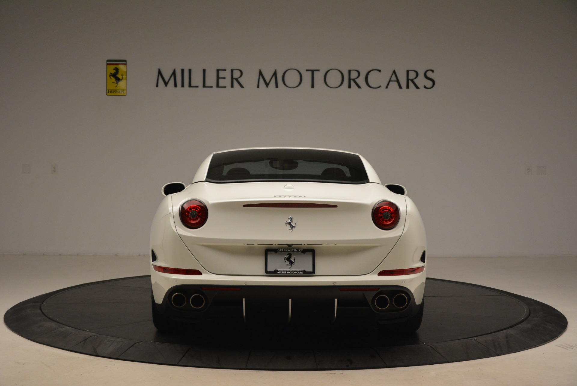 Used 2015 Ferrari California T  For Sale In Greenwich, CT. Alfa Romeo of Greenwich, 4471 2199_p18