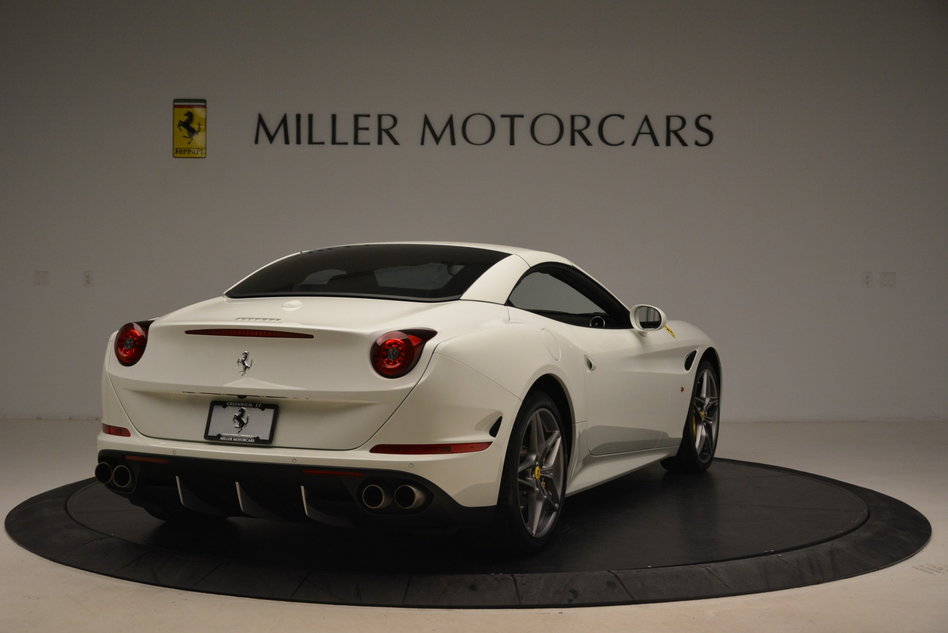 Used 2015 Ferrari California T  For Sale In Greenwich, CT. Alfa Romeo of Greenwich, 4471 2199_p19
