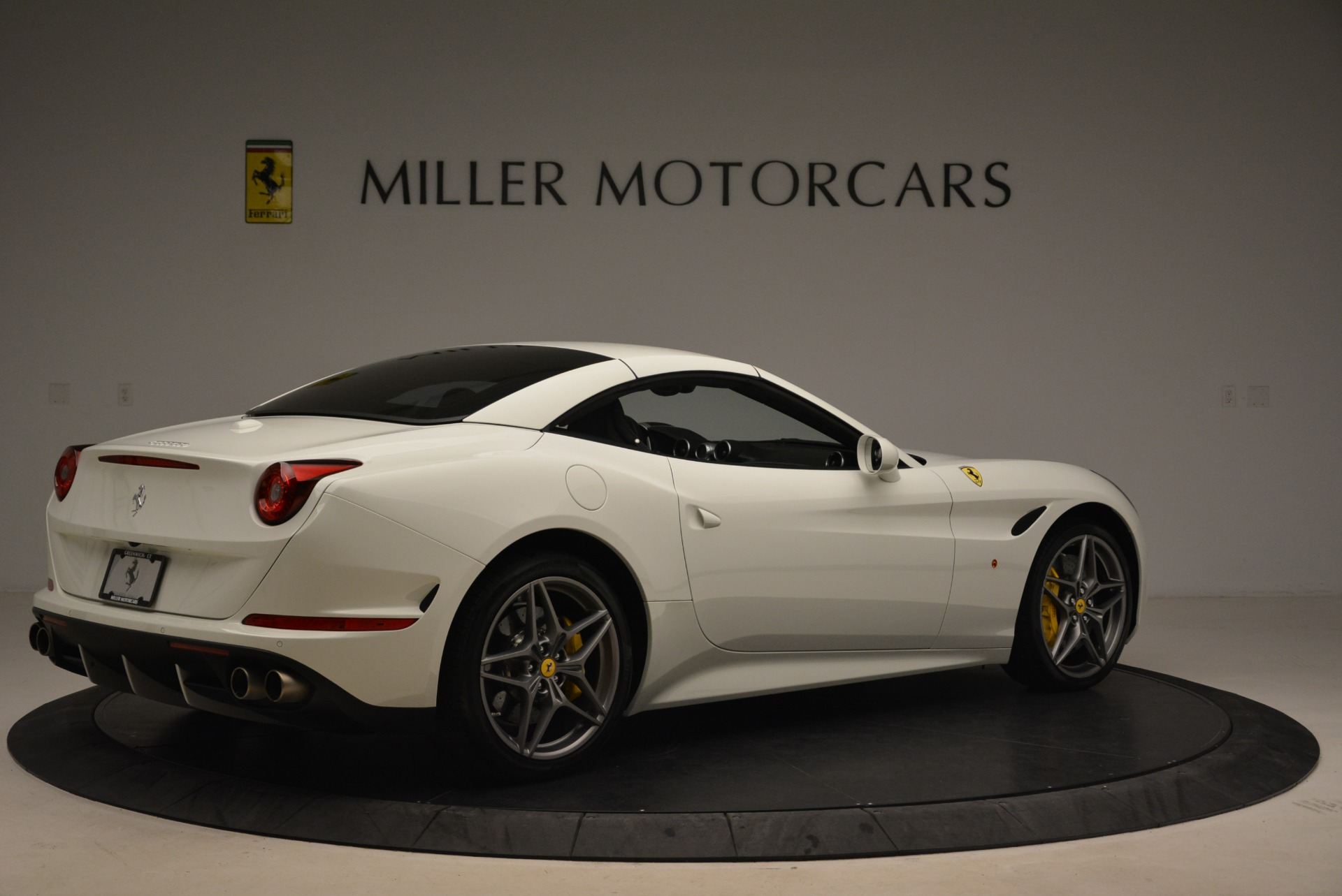 Used 2015 Ferrari California T  For Sale In Greenwich, CT. Alfa Romeo of Greenwich, 4471 2199_p20