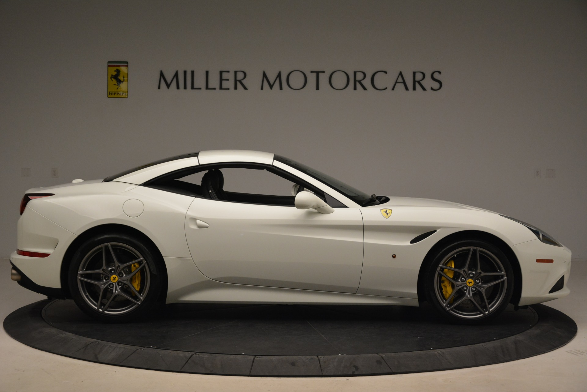 Used 2015 Ferrari California T  For Sale In Greenwich, CT. Alfa Romeo of Greenwich, 4471 2199_p21