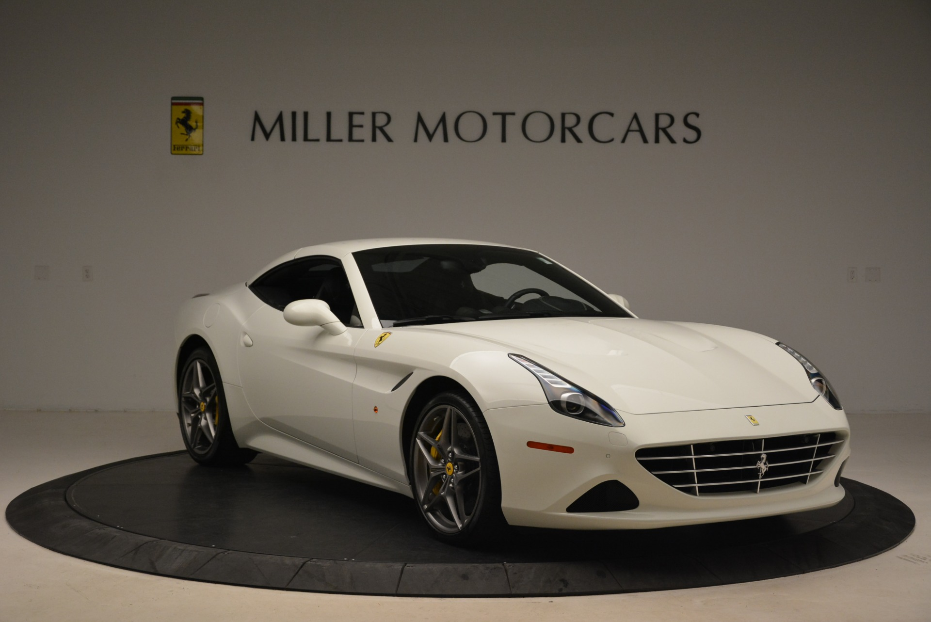 Used 2015 Ferrari California T  For Sale In Greenwich, CT. Alfa Romeo of Greenwich, 4471 2199_p23