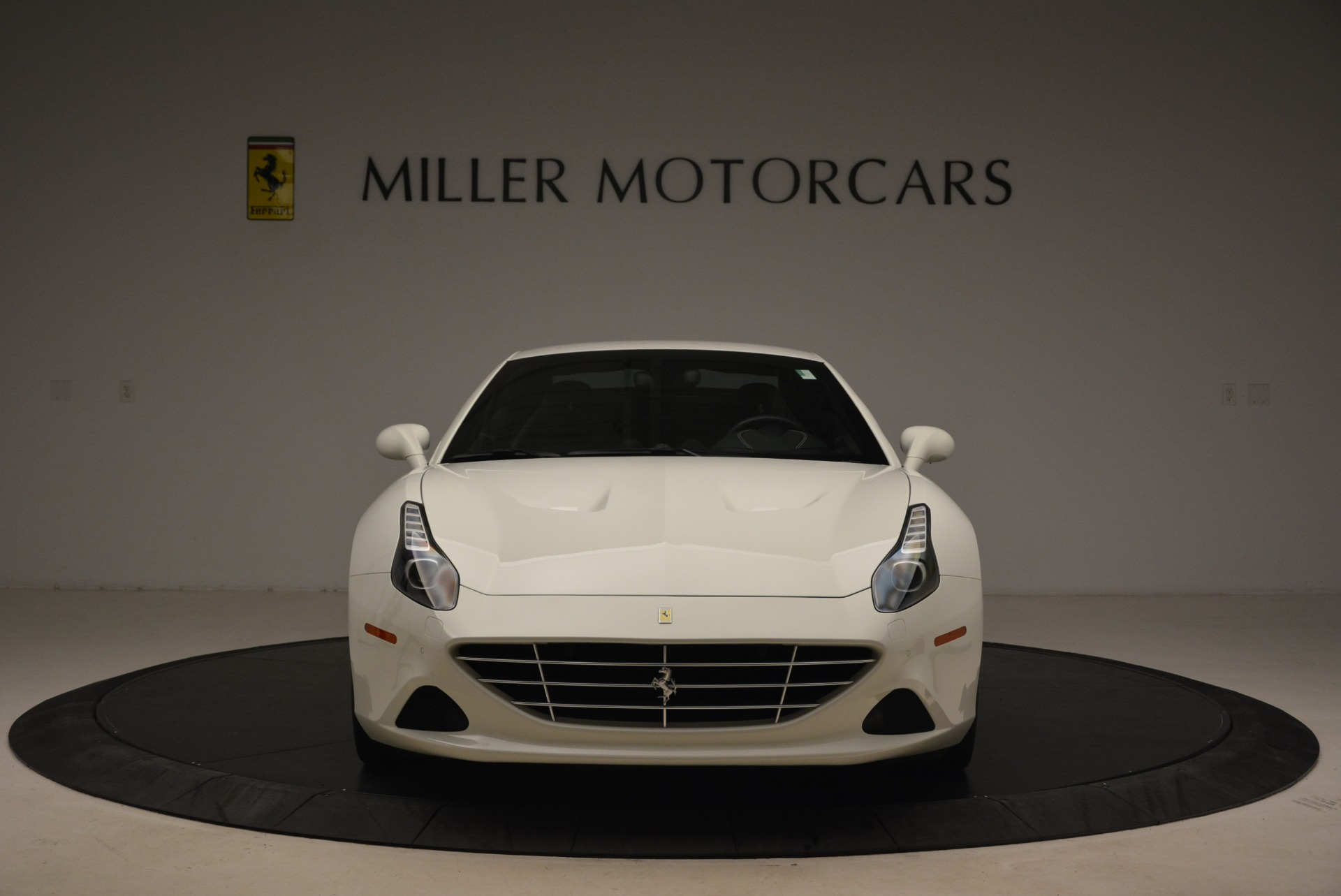 Used 2015 Ferrari California T  For Sale In Greenwich, CT. Alfa Romeo of Greenwich, 4471 2199_p24