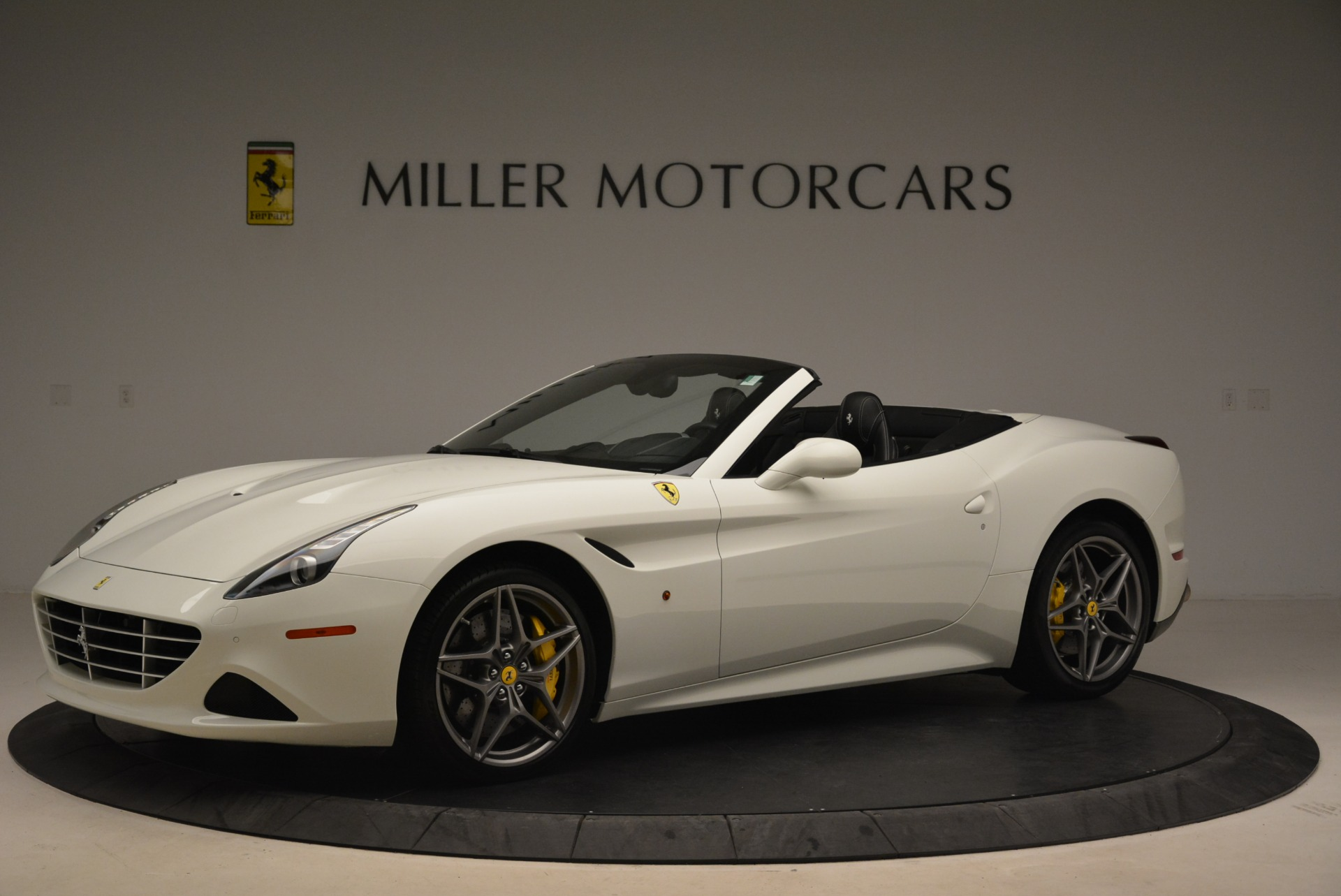 Used 2015 Ferrari California T  For Sale In Greenwich, CT. Alfa Romeo of Greenwich, 4471 2199_p2