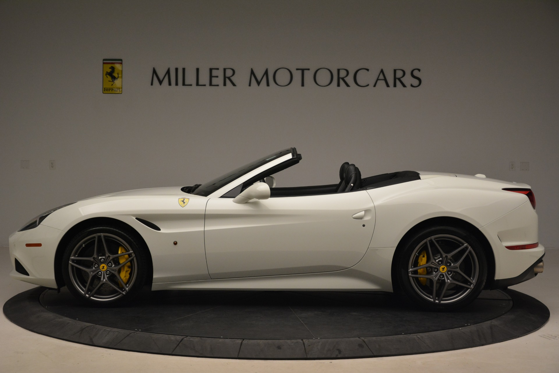 Used 2015 Ferrari California T  For Sale In Greenwich, CT. Alfa Romeo of Greenwich, 4471 2199_p3