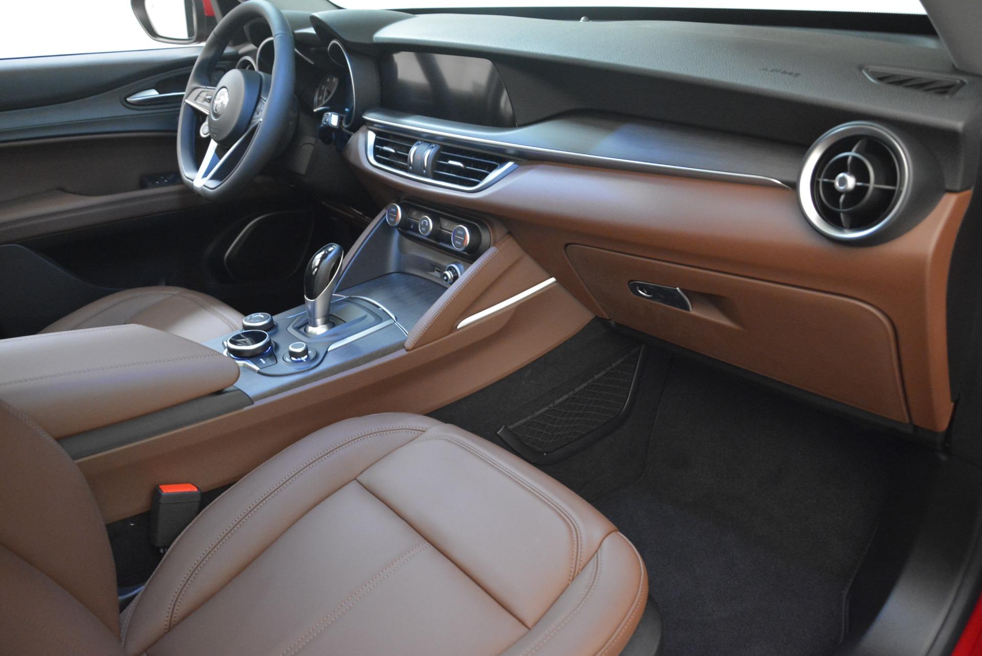 New 2018 Alfa Romeo Stelvio Ti Q4 For Sale In Greenwich, CT. Alfa Romeo of Greenwich, L391 2201_p19