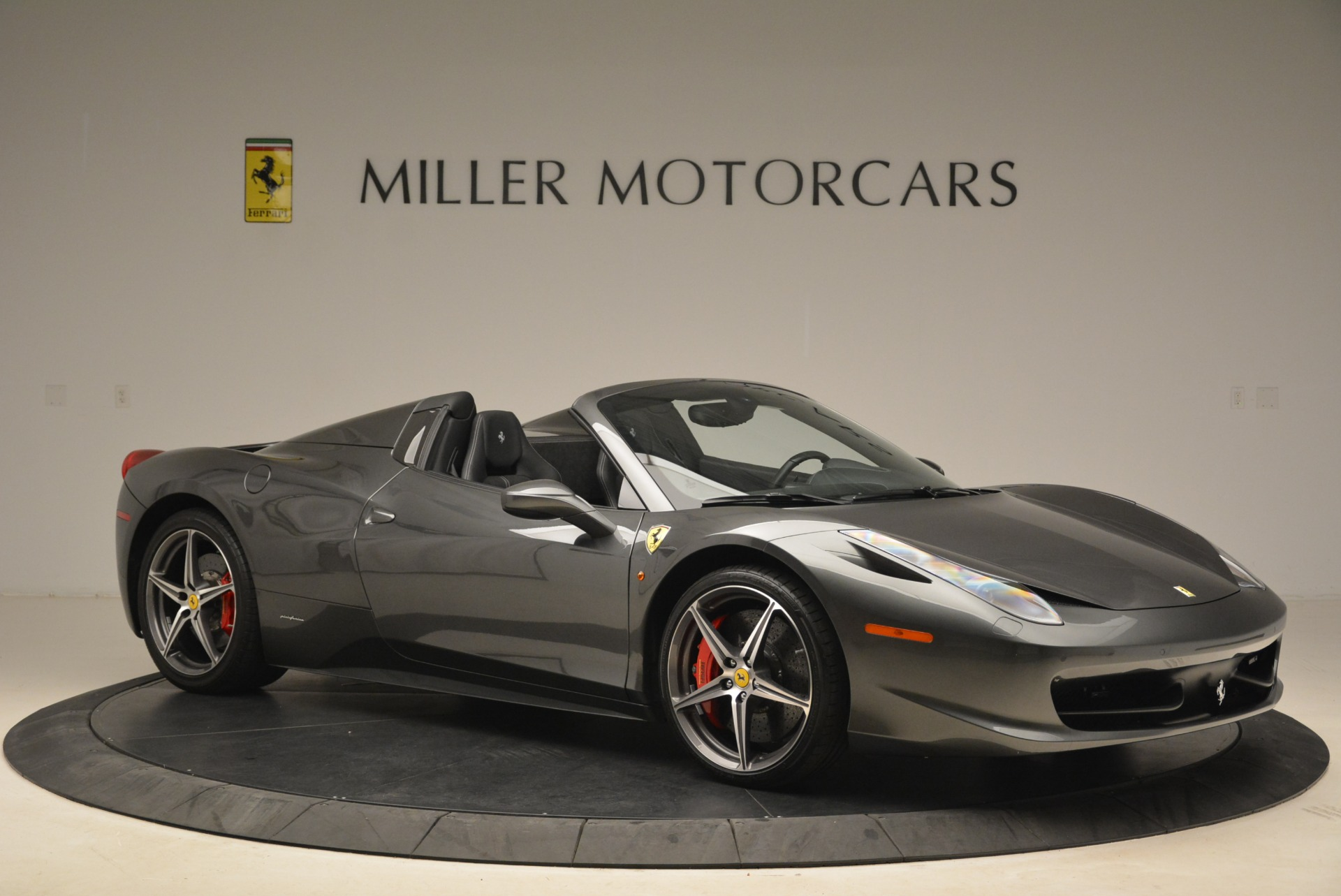 Used 2013 Ferrari 458 Spider  For Sale In Greenwich, CT. Alfa Romeo of Greenwich, 4526 2202_p10