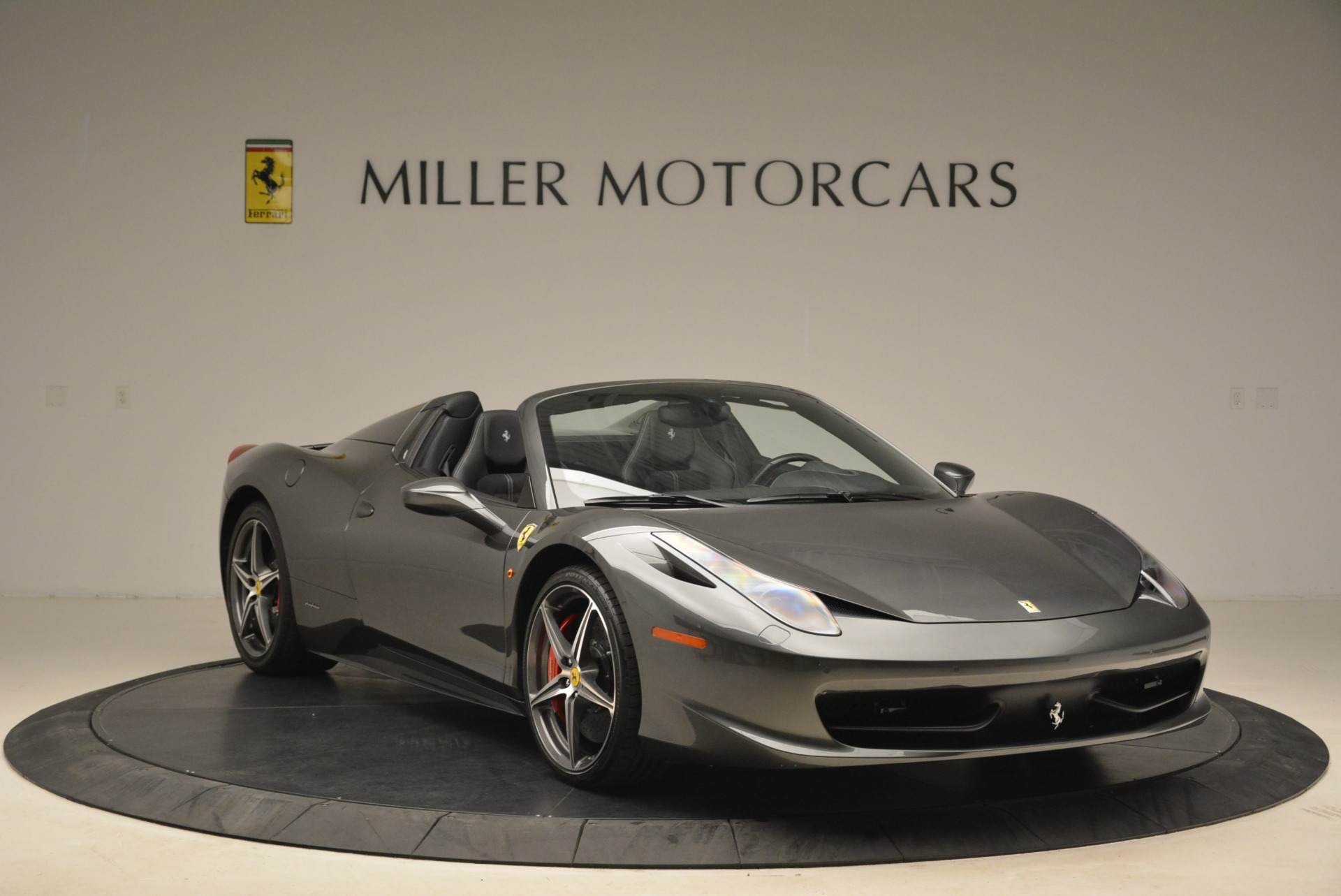 Used 2013 Ferrari 458 Spider  For Sale In Greenwich, CT. Alfa Romeo of Greenwich, 4526 2202_p11
