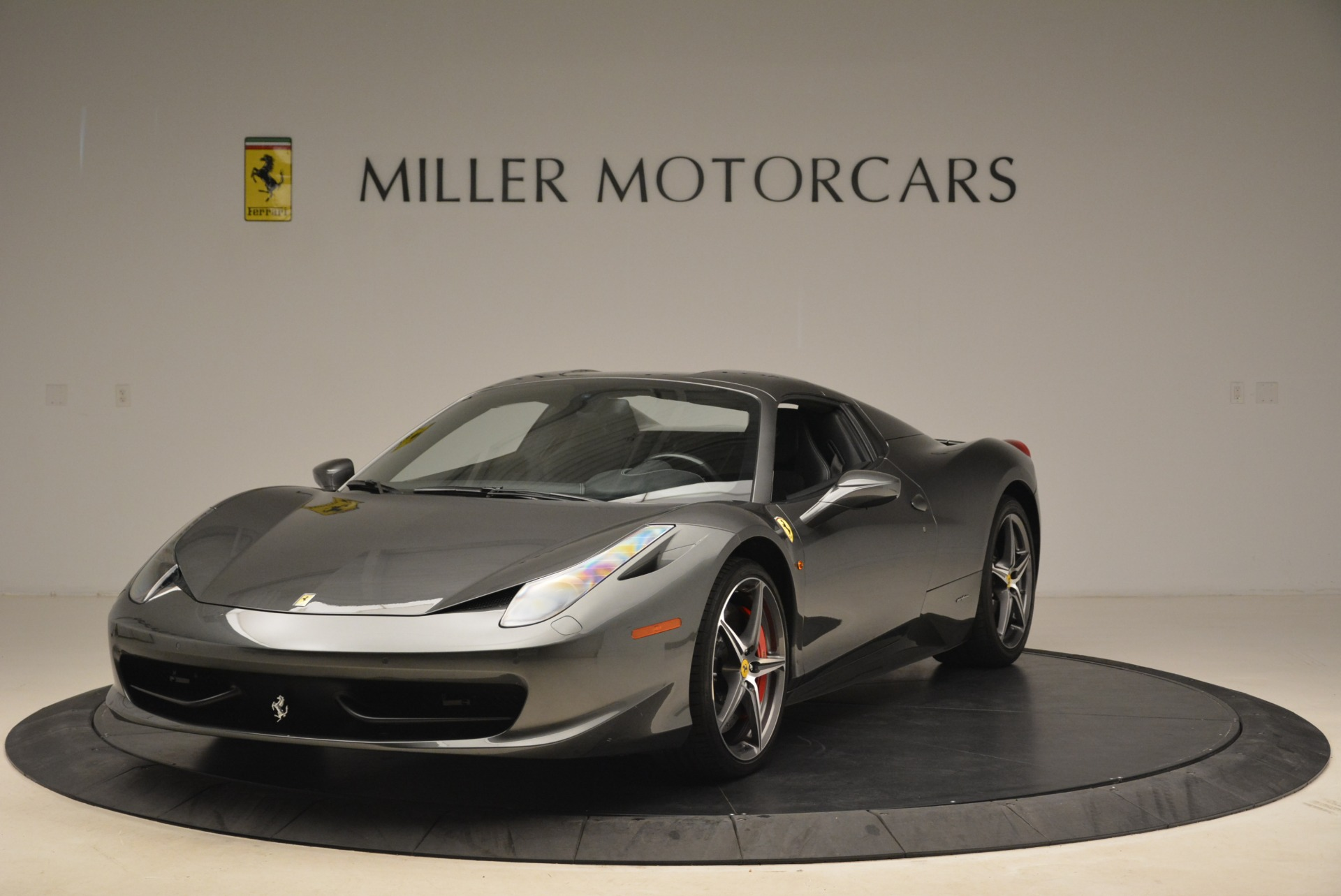 Used 2013 Ferrari 458 Spider  For Sale In Greenwich, CT. Alfa Romeo of Greenwich, 4526 2202_p13