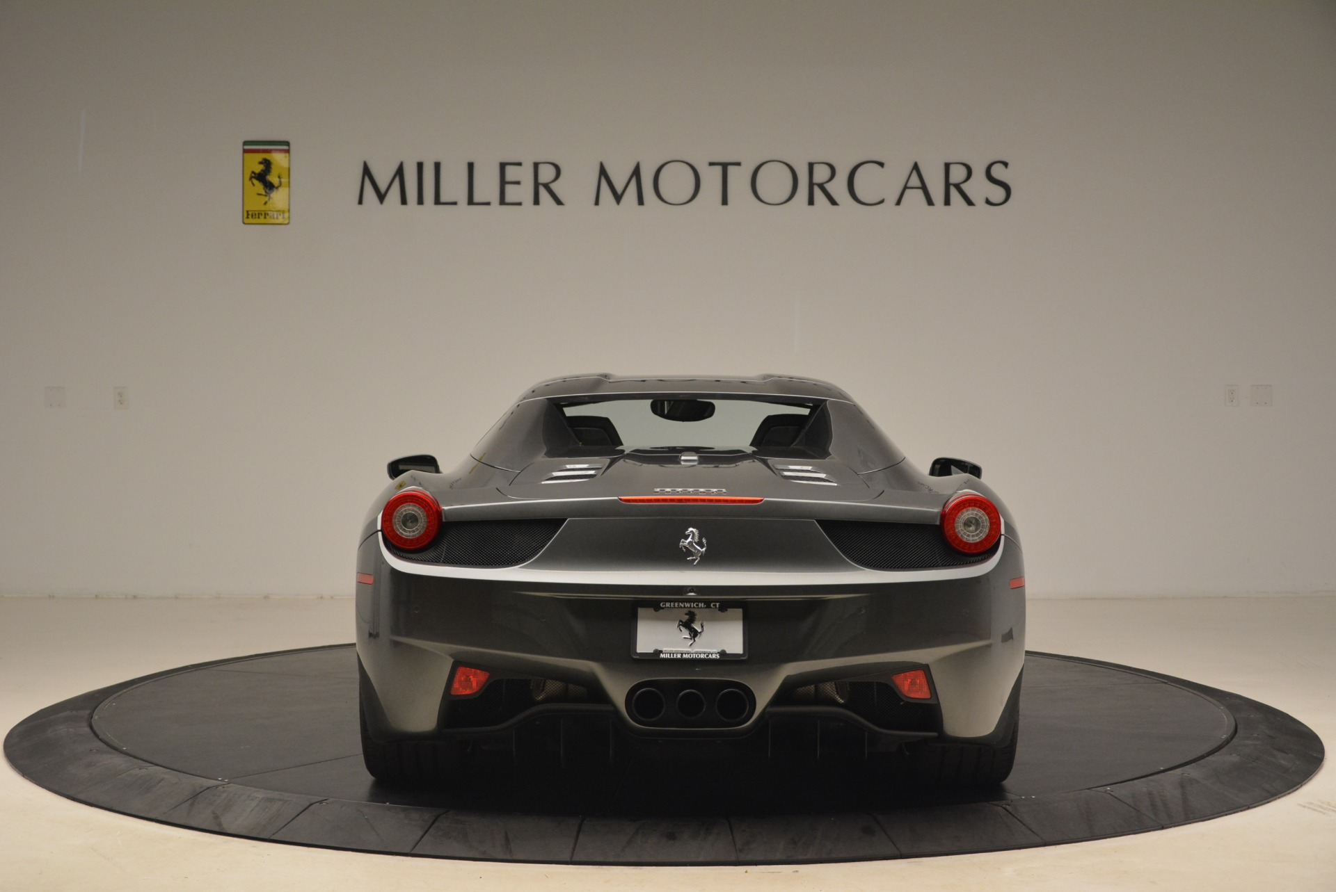 Used 2013 Ferrari 458 Spider  For Sale In Greenwich, CT. Alfa Romeo of Greenwich, 4526 2202_p18