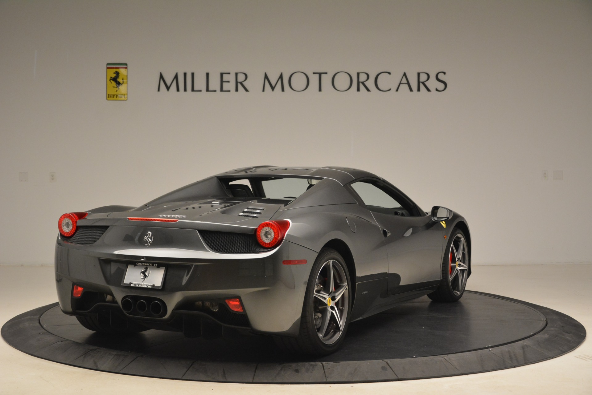 Used 2013 Ferrari 458 Spider  For Sale In Greenwich, CT. Alfa Romeo of Greenwich, 4526 2202_p19