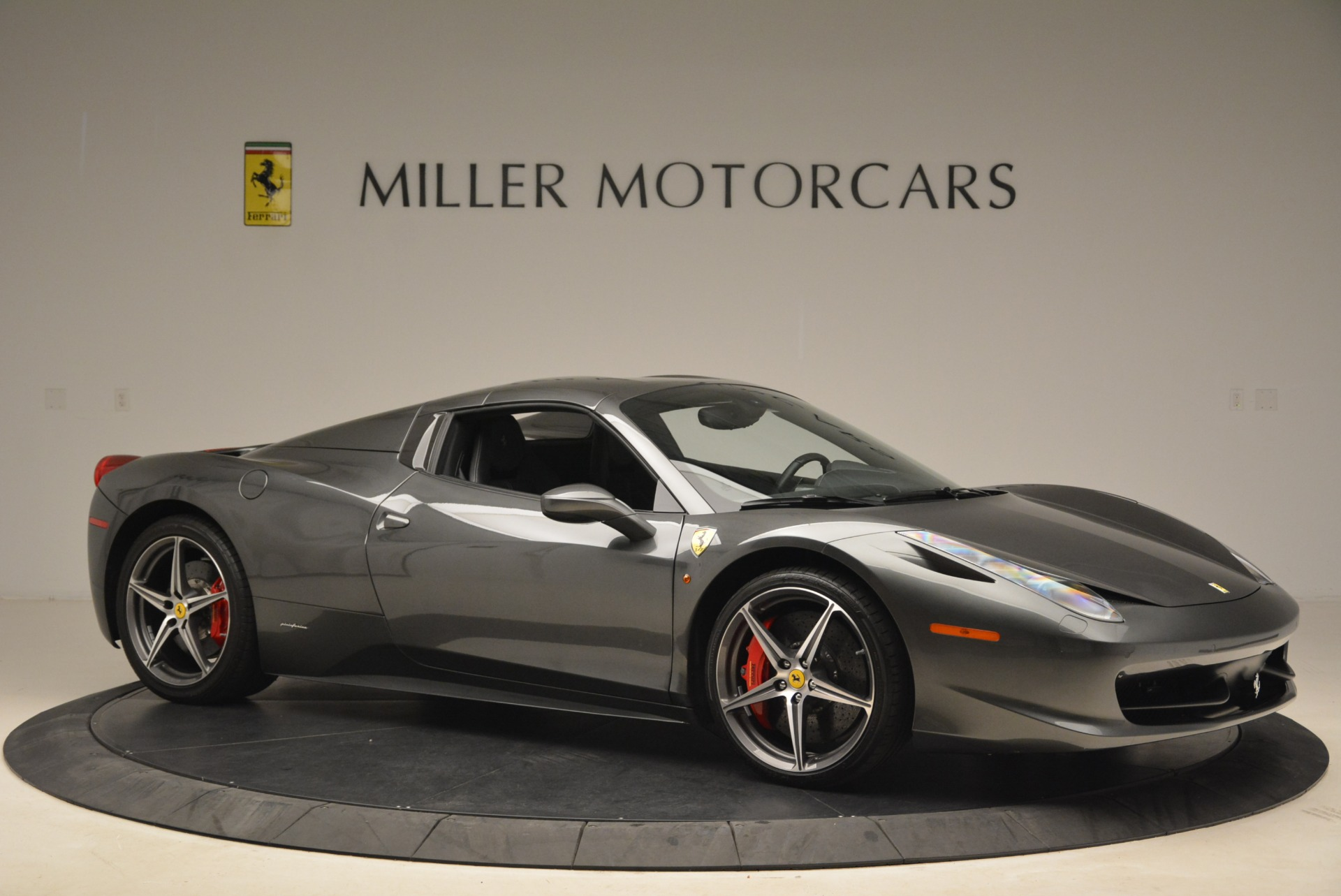 Used 2013 Ferrari 458 Spider  For Sale In Greenwich, CT. Alfa Romeo of Greenwich, 4526 2202_p22