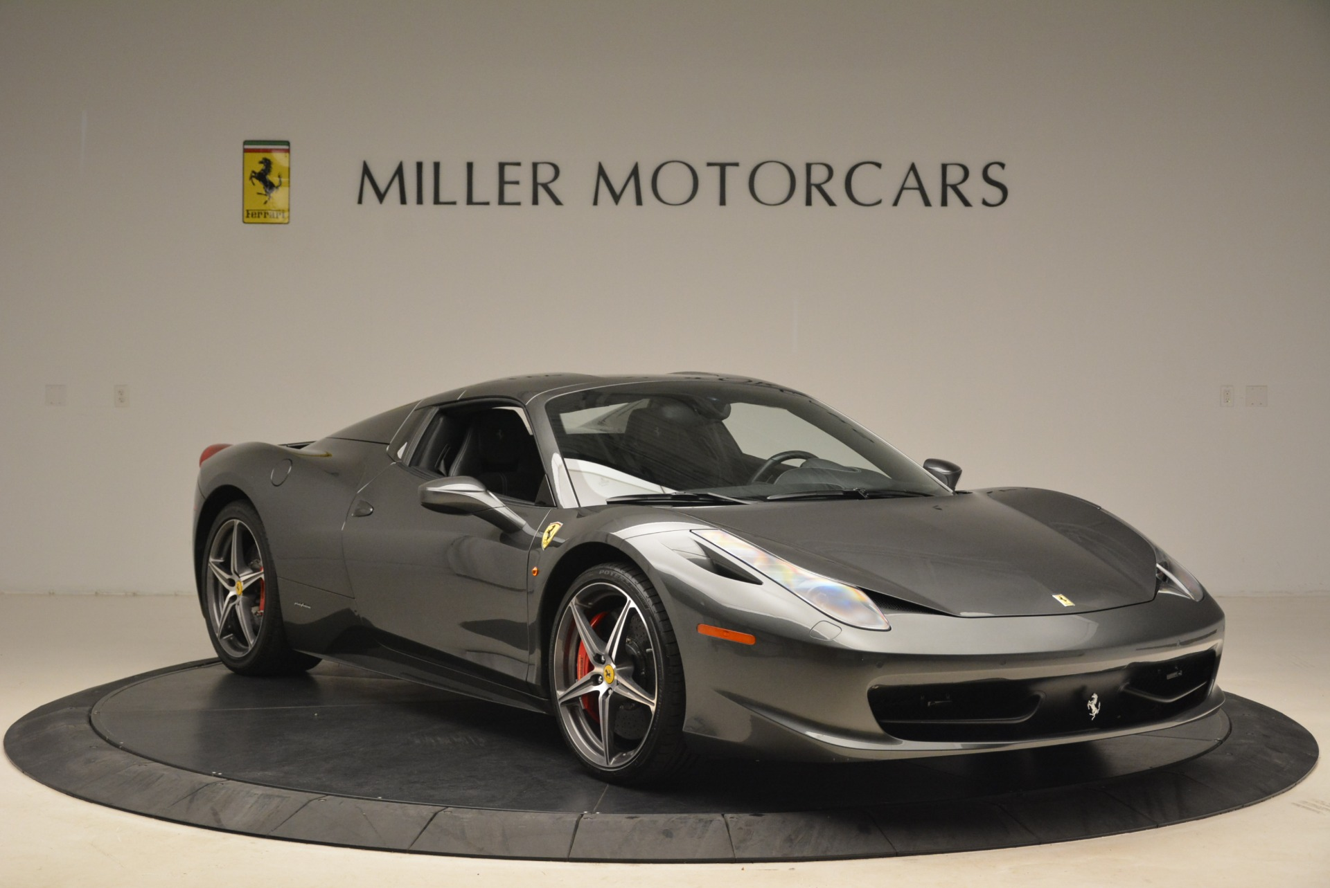 Used 2013 Ferrari 458 Spider  For Sale In Greenwich, CT. Alfa Romeo of Greenwich, 4526 2202_p23