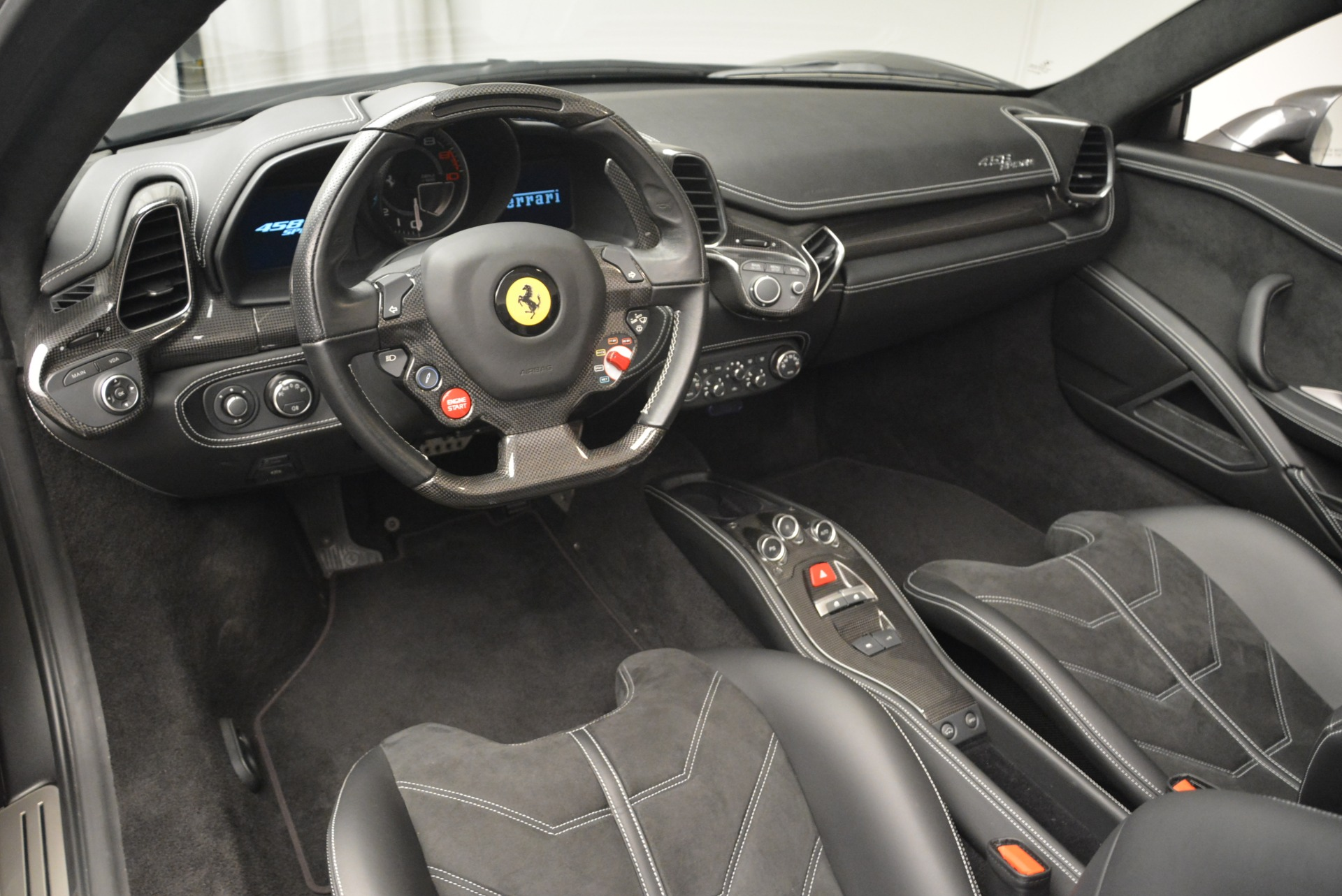 Used 2013 Ferrari 458 Spider  For Sale In Greenwich, CT. Alfa Romeo of Greenwich, 4526 2202_p25