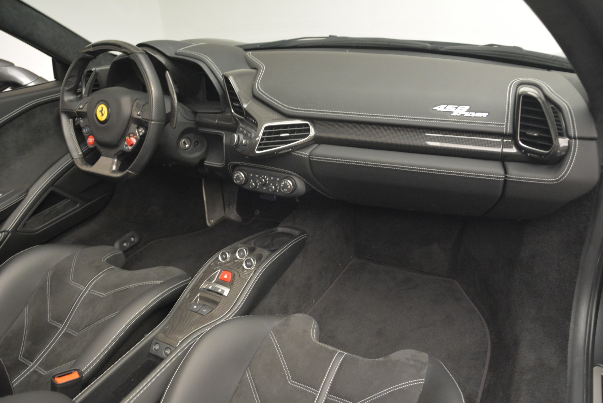 Used 2013 Ferrari 458 Spider  For Sale In Greenwich, CT. Alfa Romeo of Greenwich, 4526 2202_p29