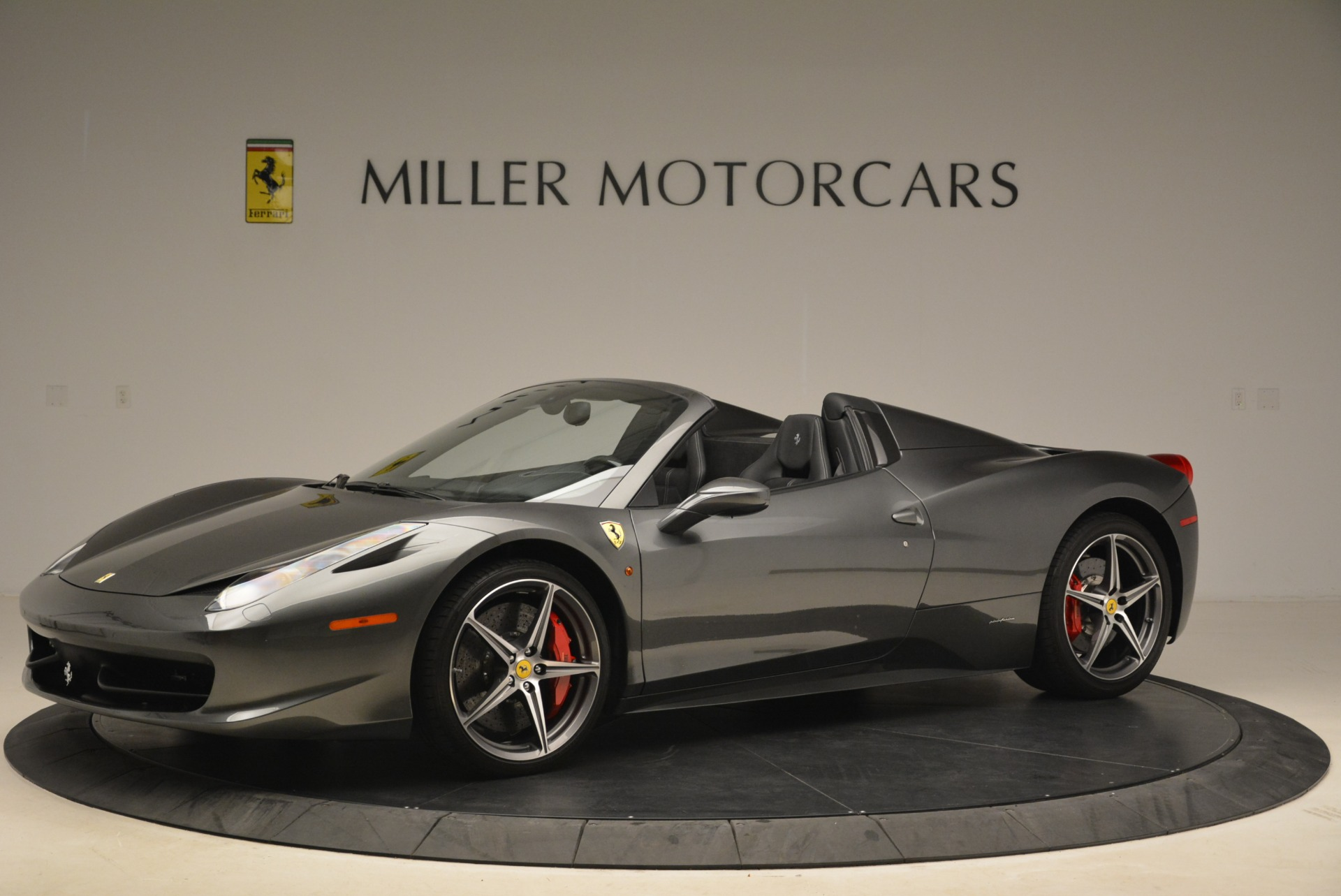 Used 2013 Ferrari 458 Spider  For Sale In Greenwich, CT. Alfa Romeo of Greenwich, 4526 2202_p2