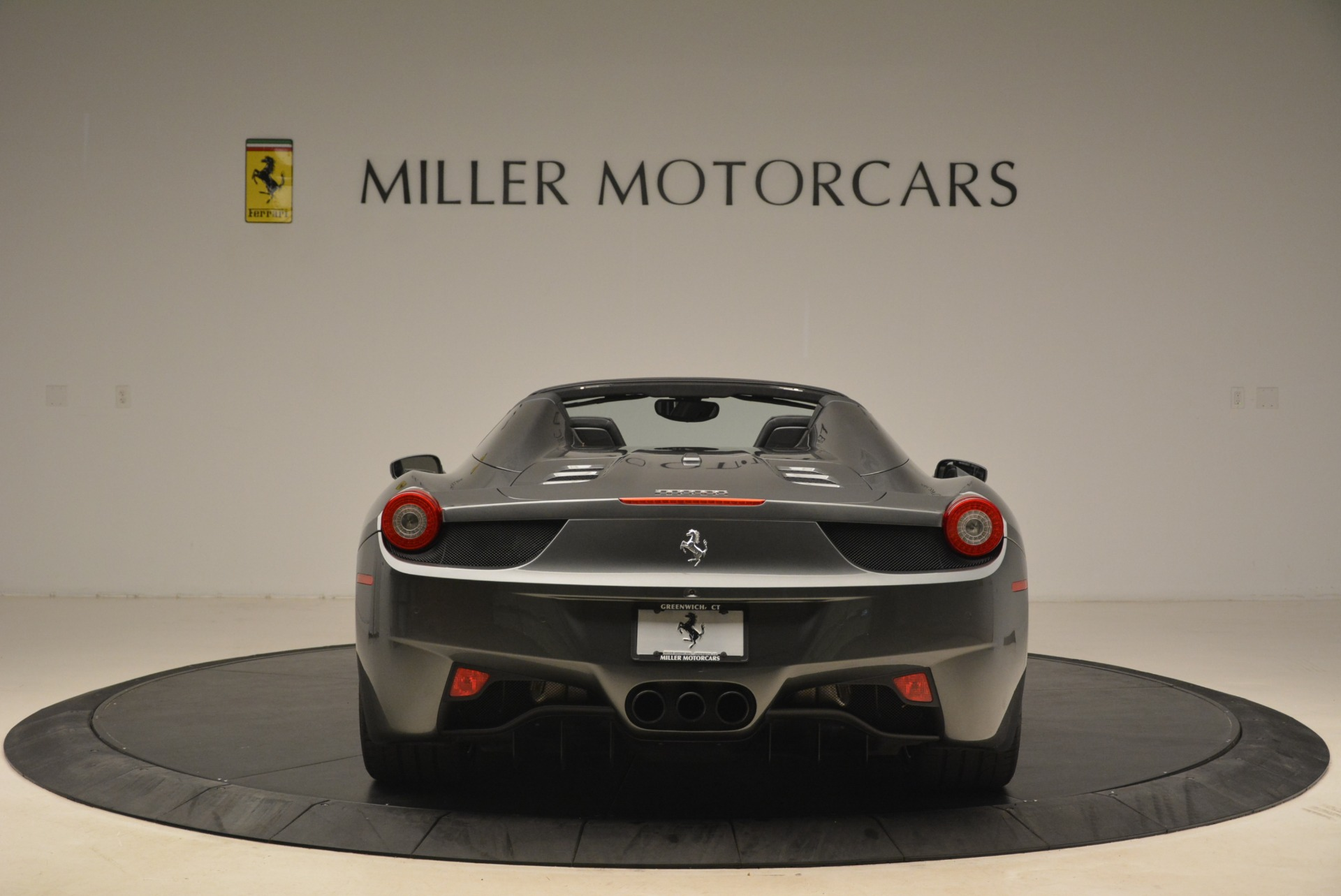 Used 2013 Ferrari 458 Spider  For Sale In Greenwich, CT. Alfa Romeo of Greenwich, 4526 2202_p6