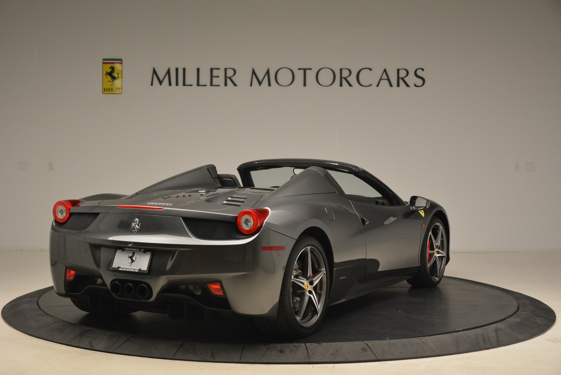 Used 2013 Ferrari 458 Spider  For Sale In Greenwich, CT. Alfa Romeo of Greenwich, 4526 2202_p7