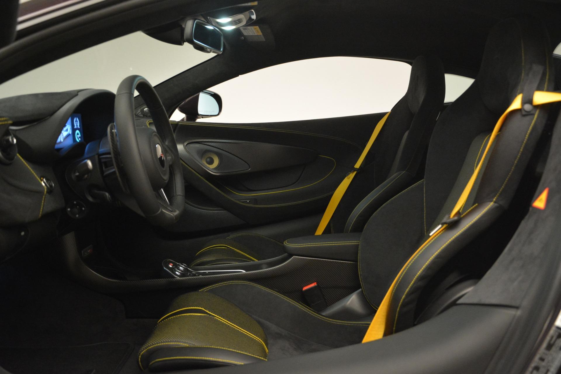 Used 2018 McLaren 570S  For Sale In Greenwich, CT. Alfa Romeo of Greenwich, MC353 2204_p16
